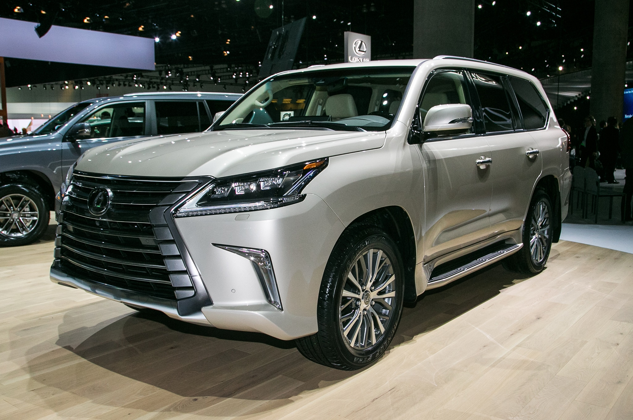 lexus rips third row out of lx 570 crams it into new rx 350l automobile magazine. Black Bedroom Furniture Sets. Home Design Ideas