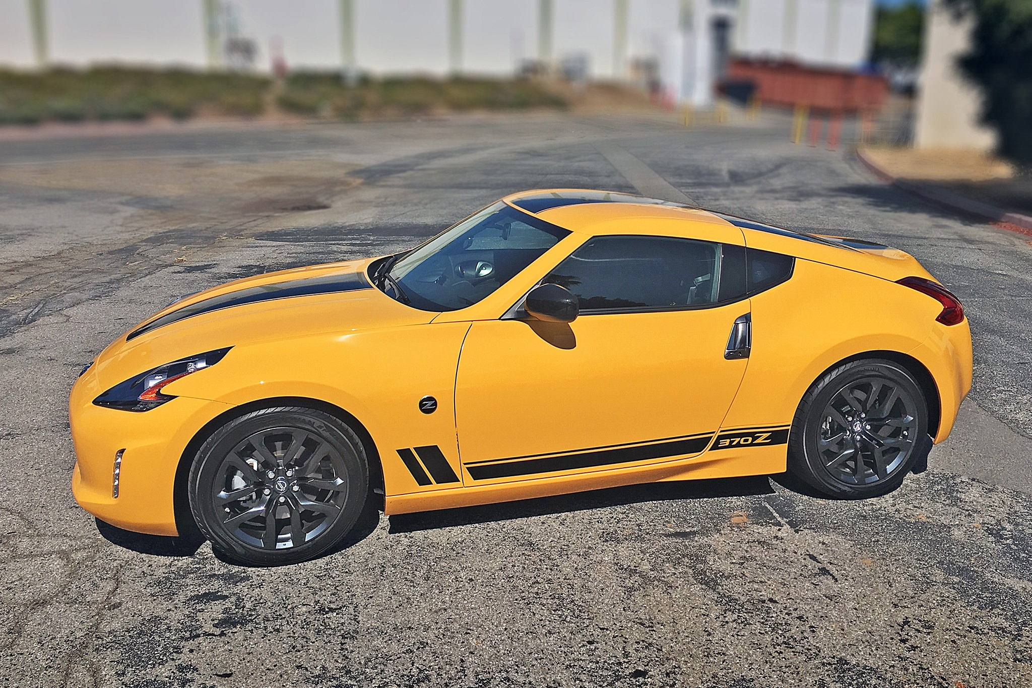 2018 nissan 370z heritage edition one week review automobile magazine. Black Bedroom Furniture Sets. Home Design Ideas