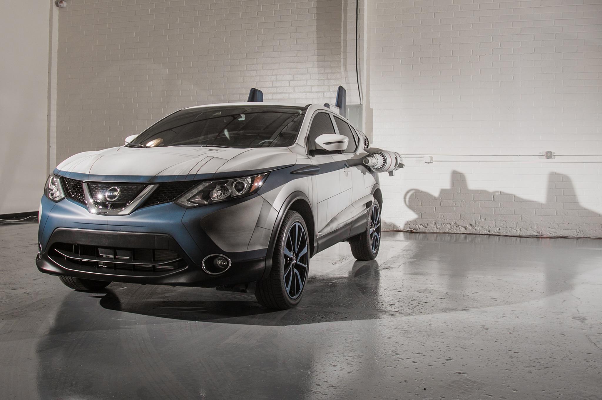 2018 Nissan Rogue Sport Show Car A Wing Front Three Quarter