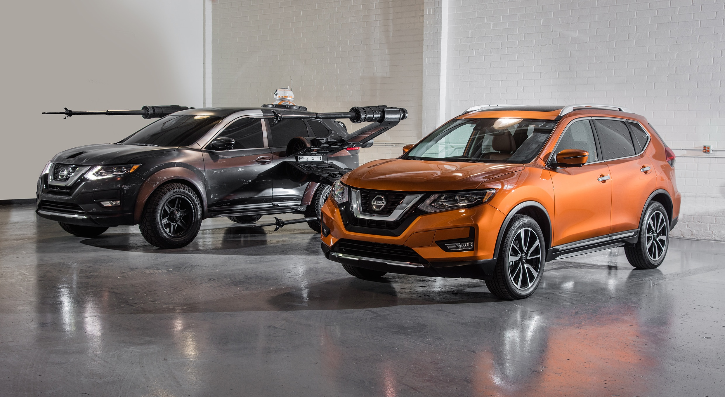 2018 Nissan Rogue Show Car Poe Damerons X Wing With BB 8 And Original Rogue