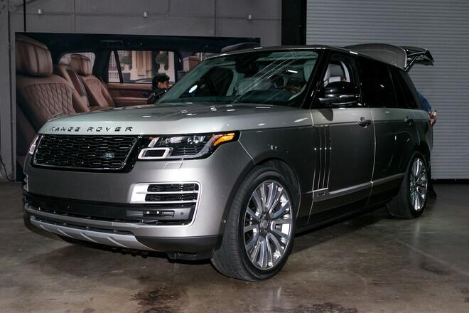 land rover shows off updated 2018 range rover svautobiography automobile magazine. Black Bedroom Furniture Sets. Home Design Ideas