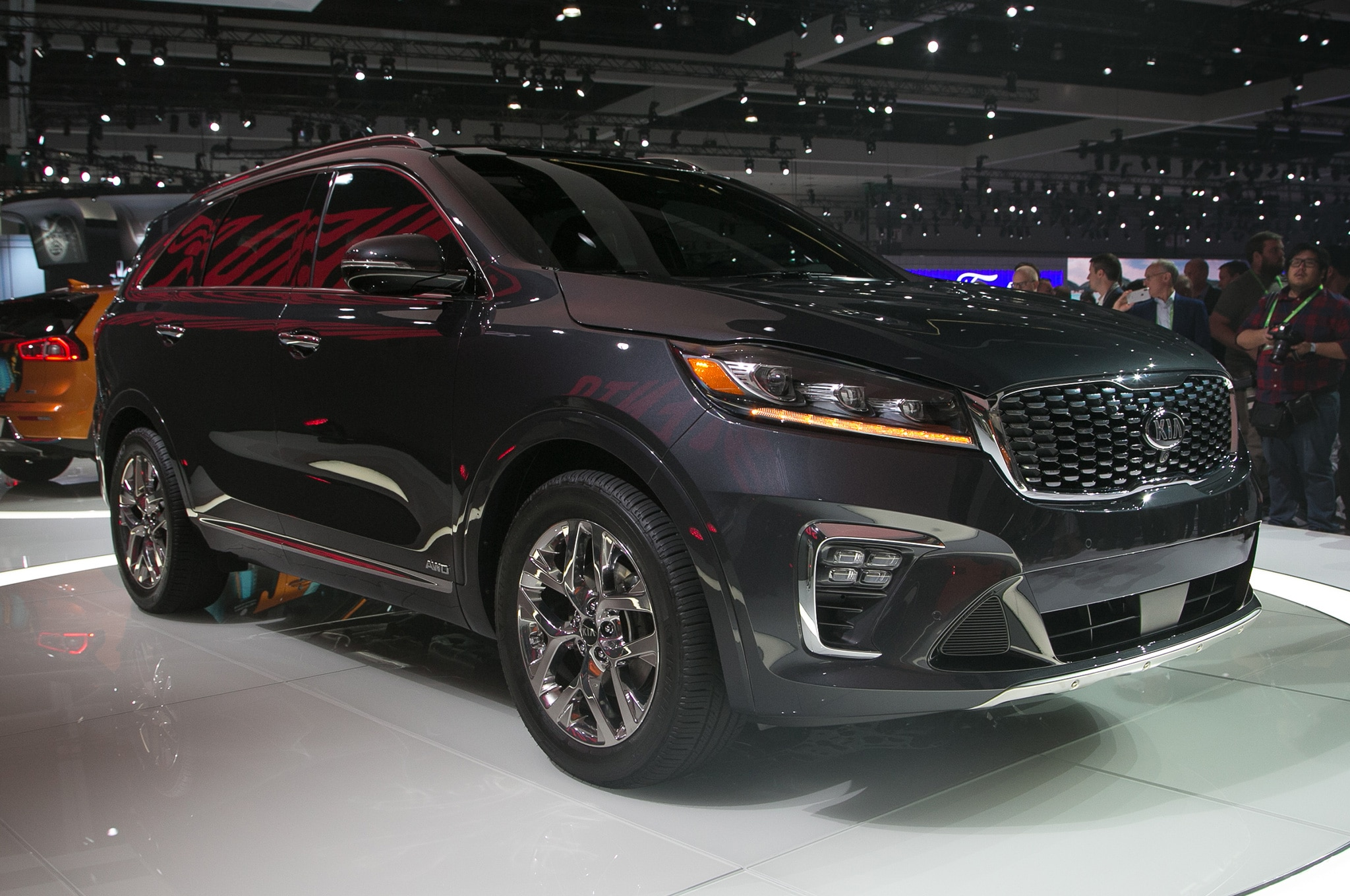 2019 Kia Sorento Gets an Updated Powertrain Lineup ...