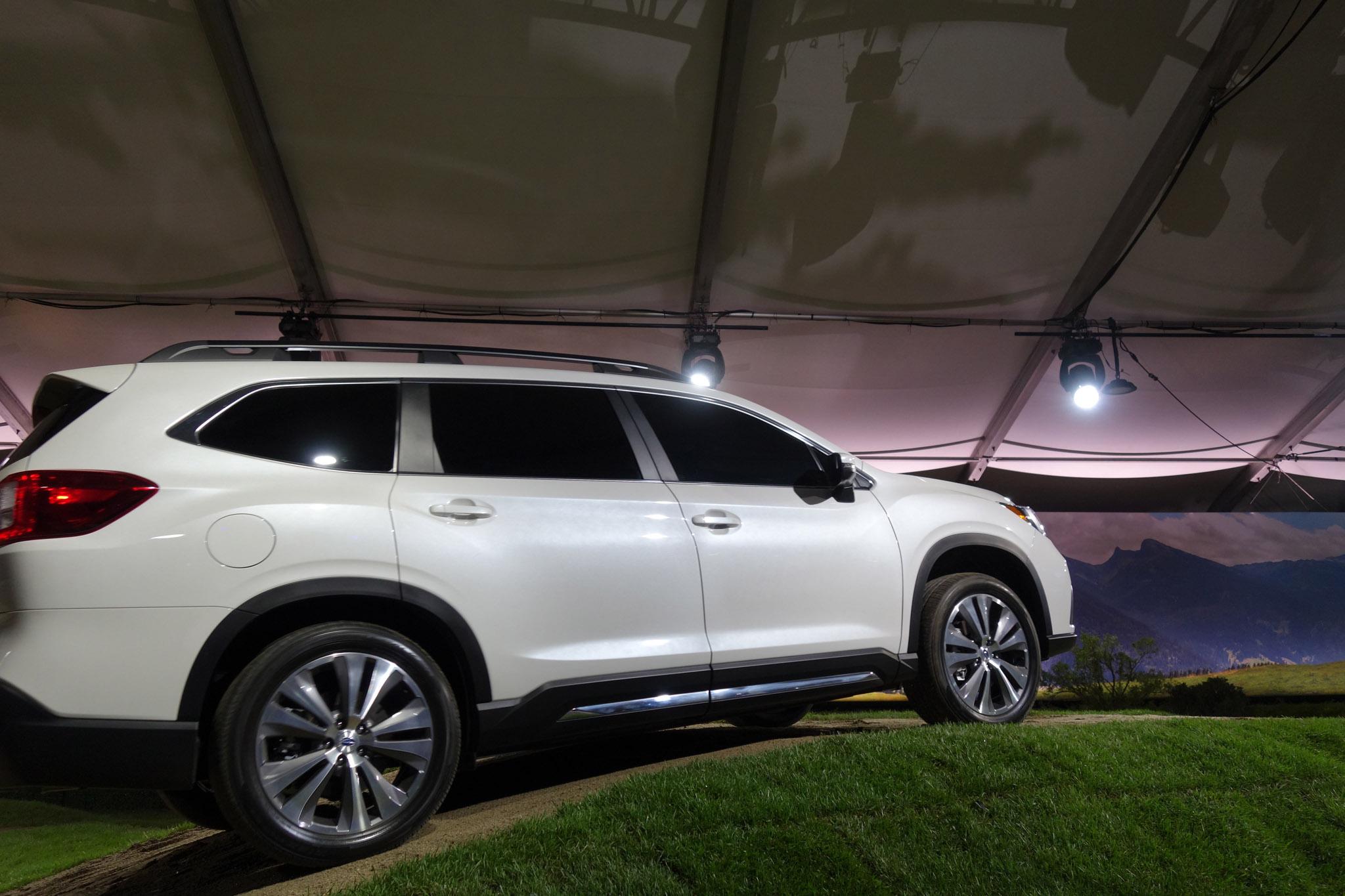 2019 Subaru Ascent Arrives With 19 Cupholders Automobile Magazine