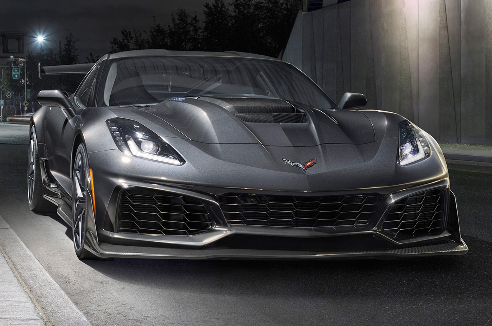 Chevrolet's hardcore Corvette ZR1 unveiled