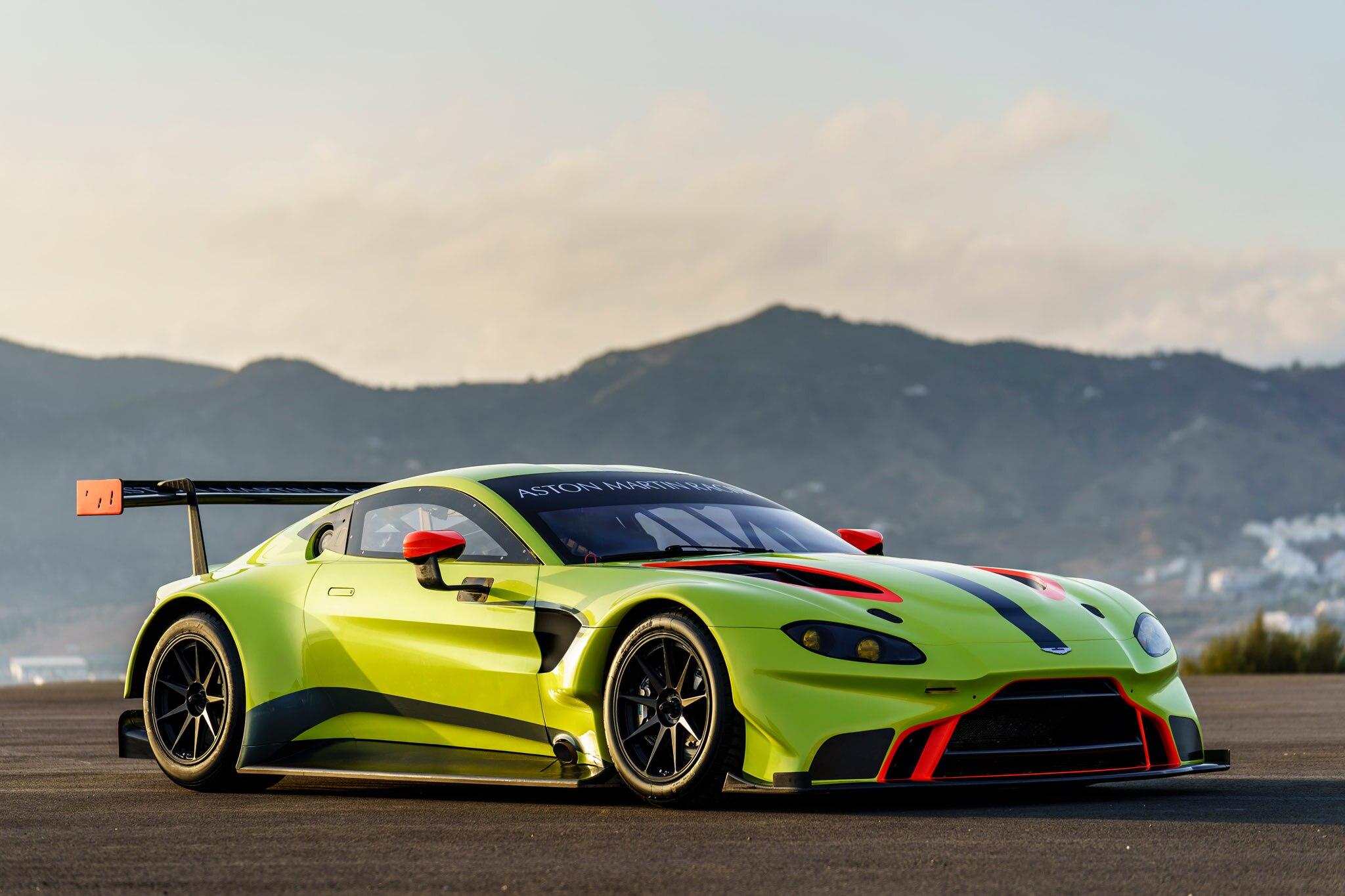Aston Martin Racing_2018 Vantage GTE_01