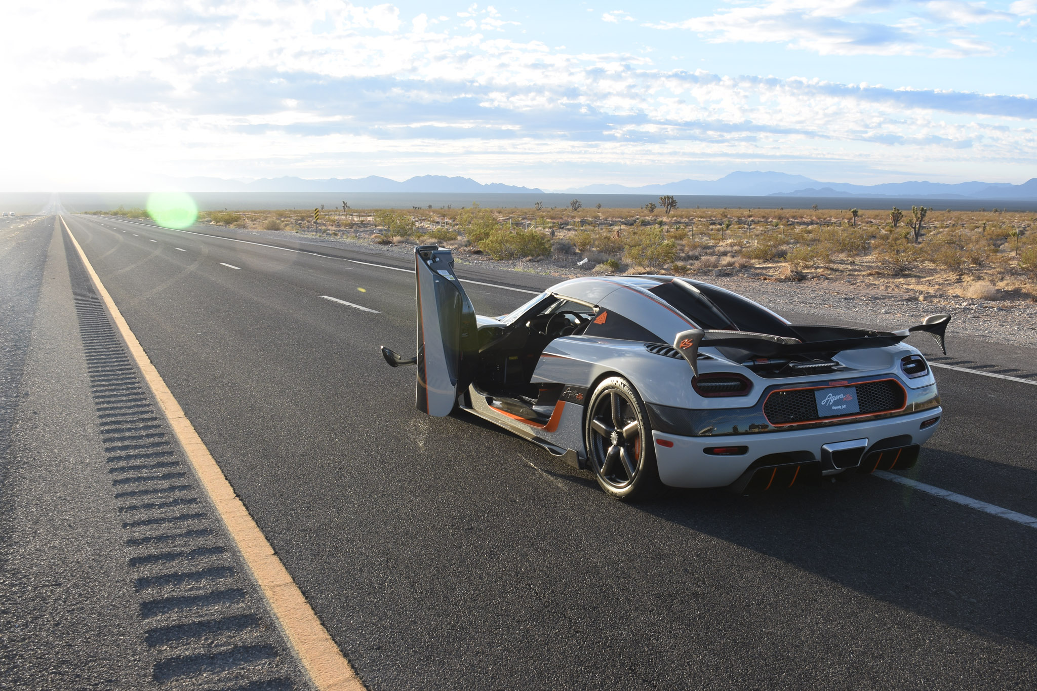 Our Exclusive Ride in an Koenigsegg Agera RS on a Closed Nevada Road ...