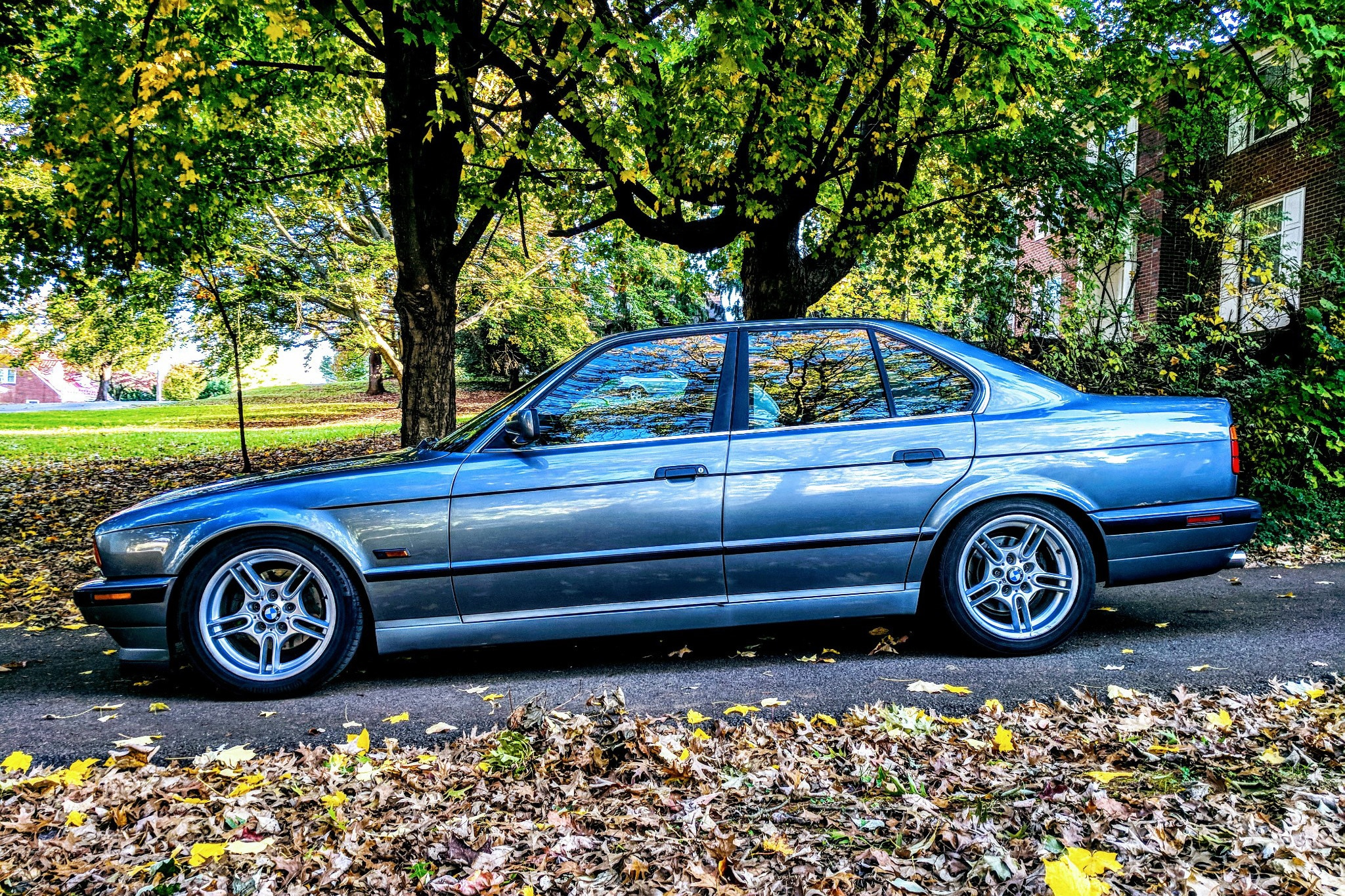 Just listed tastefully modified 1995 bmw e34 540i automobile 55 sciox Image collections