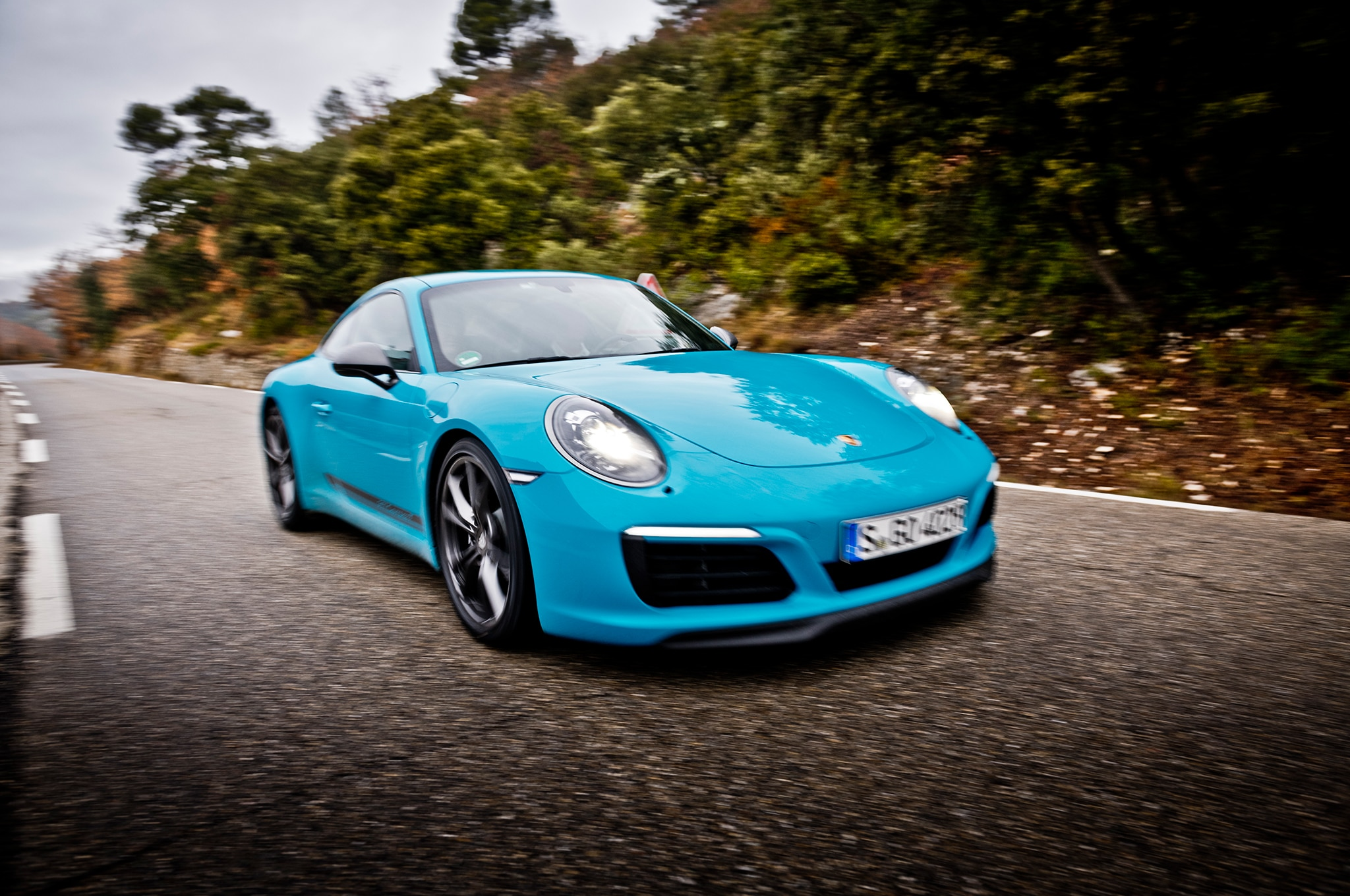 2018 Porsche 911 Carrera T Front Three Quarter In Motion 16