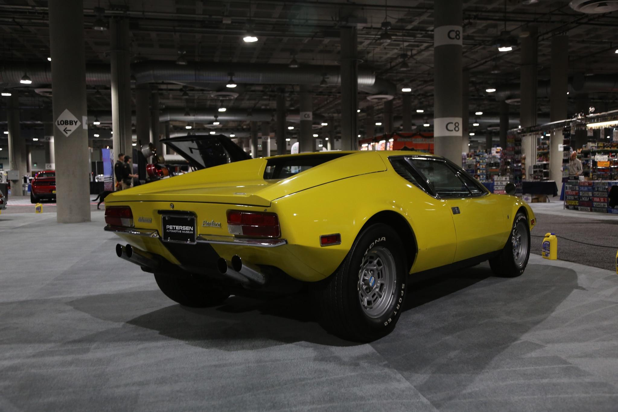 LA_Auto_Show_Classics_The_Garage 9