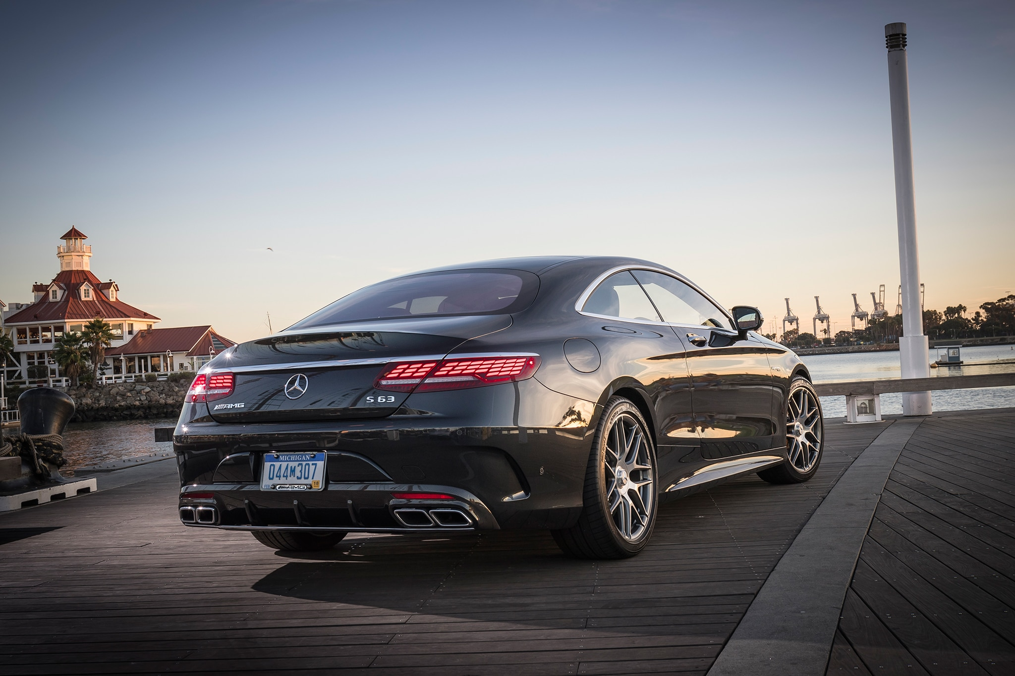 2018 mercedes amg s class coupe and cabriolet first drive review automobile magazine. Black Bedroom Furniture Sets. Home Design Ideas
