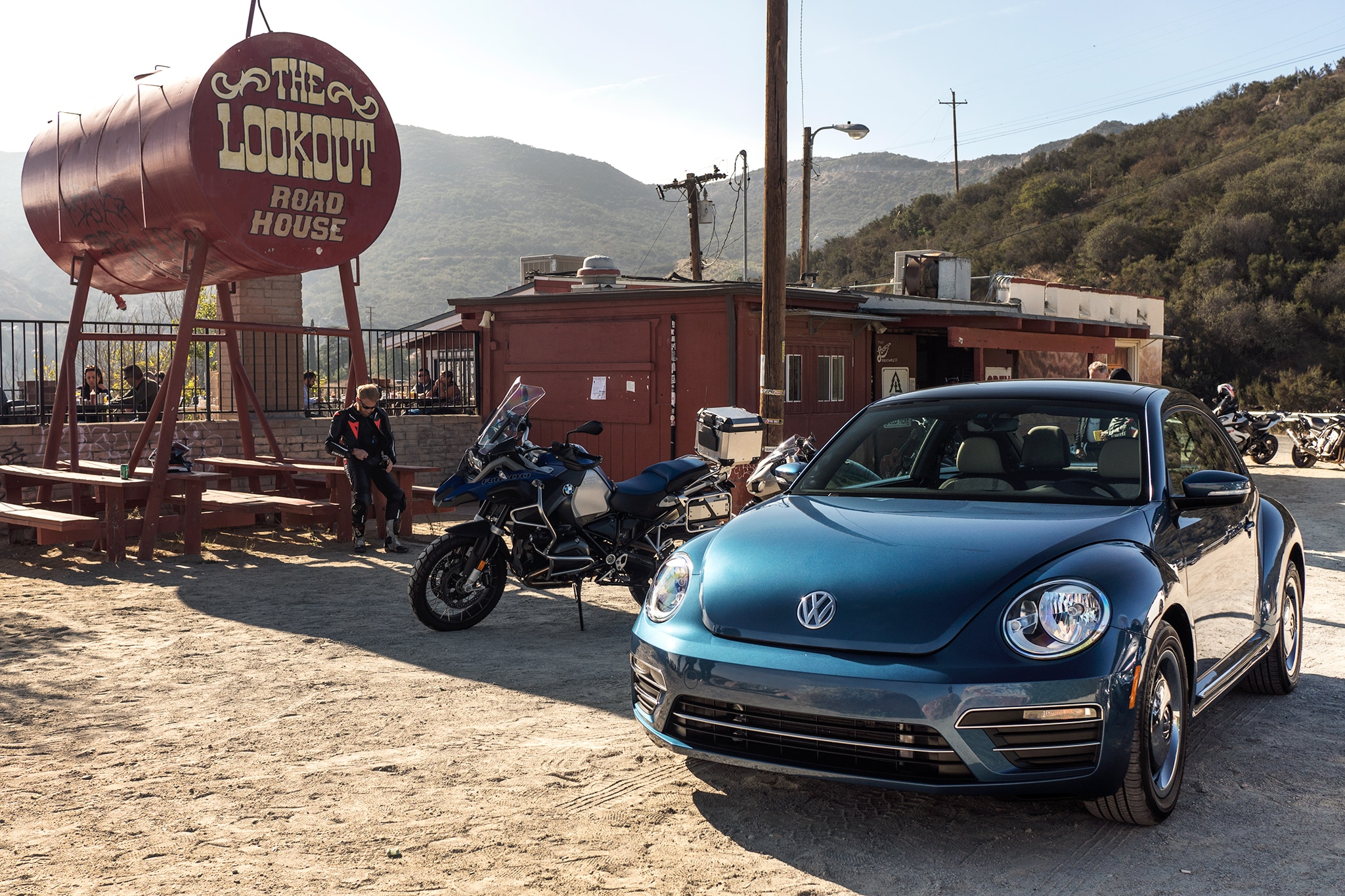 2018 Volkswagen Beetle At The Lookout Roadhouse