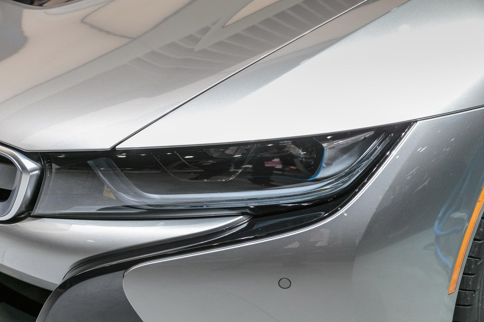 Bmw I8 White And Black New Car Update 2020