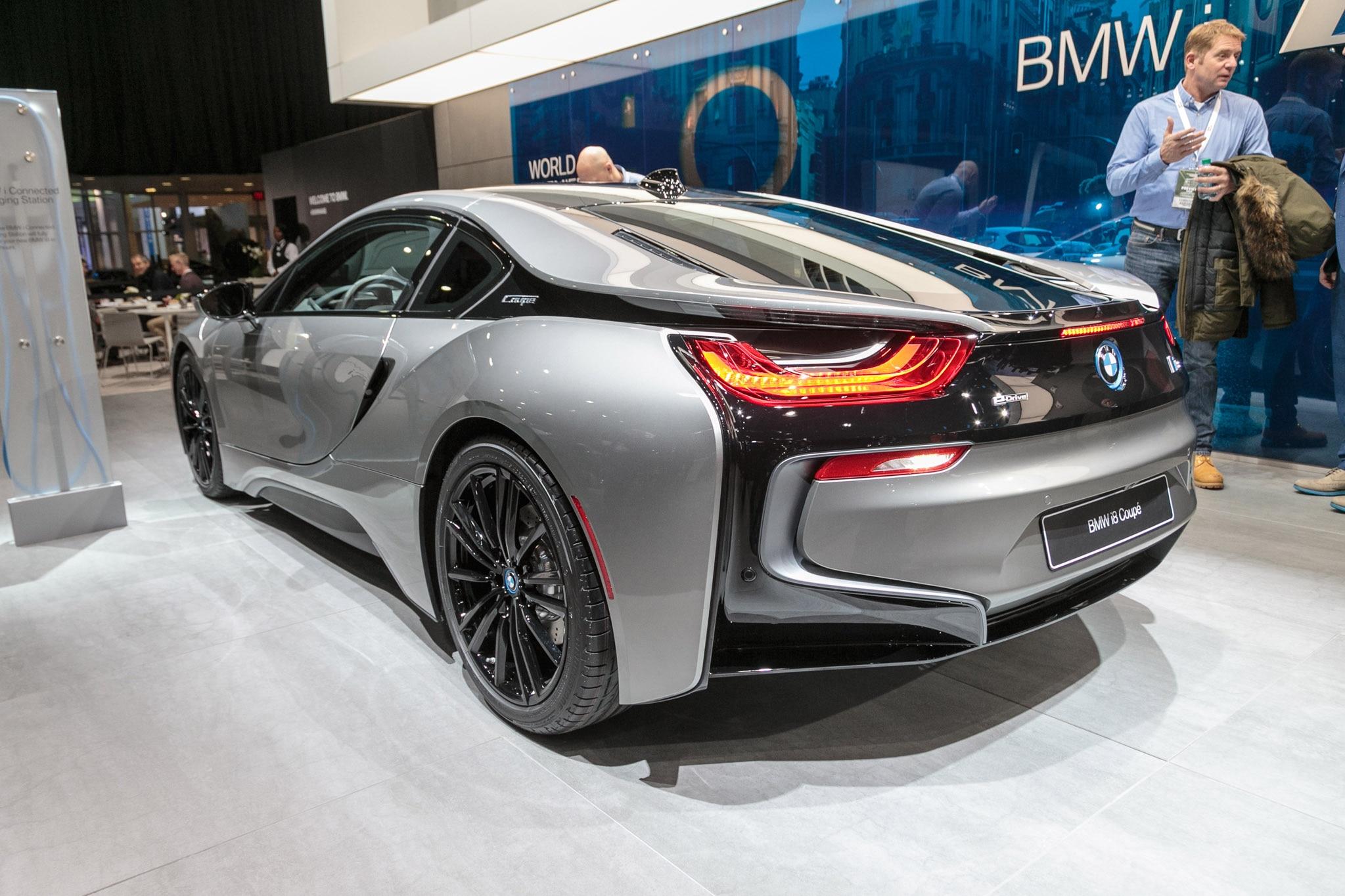 2019 BMW I8 Coupe Rear Three Quarter