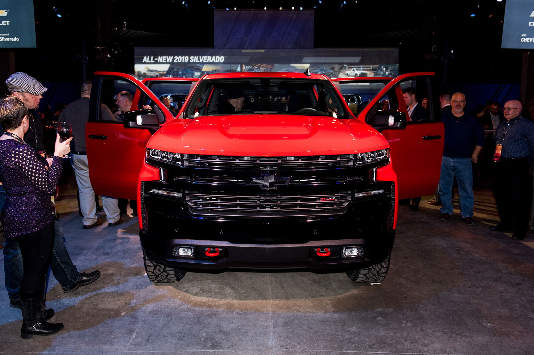 2019 Chevrolet Silverado 1500 LT Trail Boss Front View Doors Open