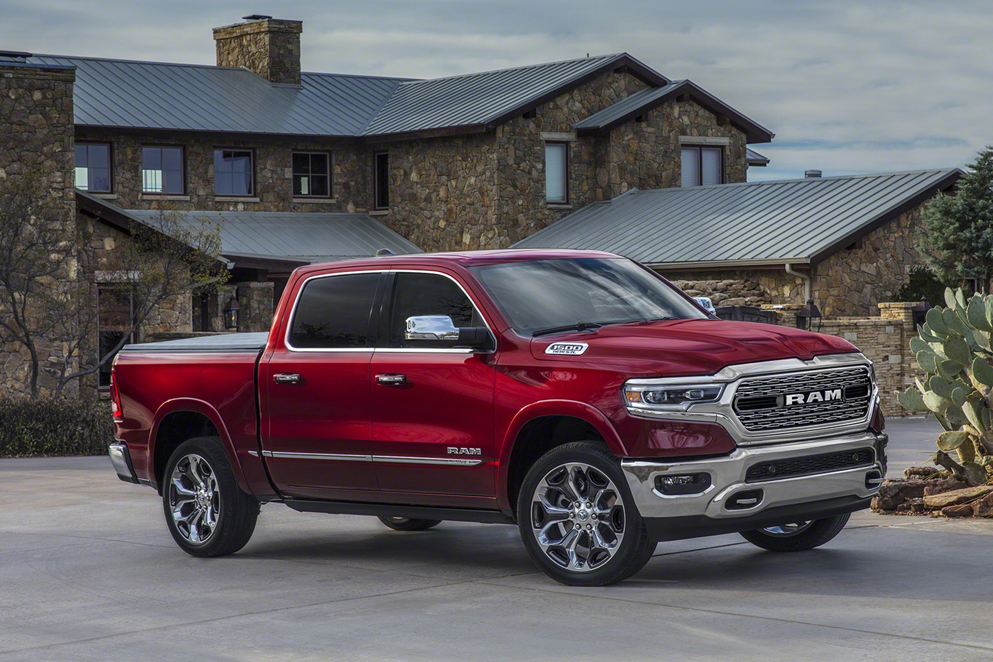Chevrolet completely redesigns full-size truck for 2019