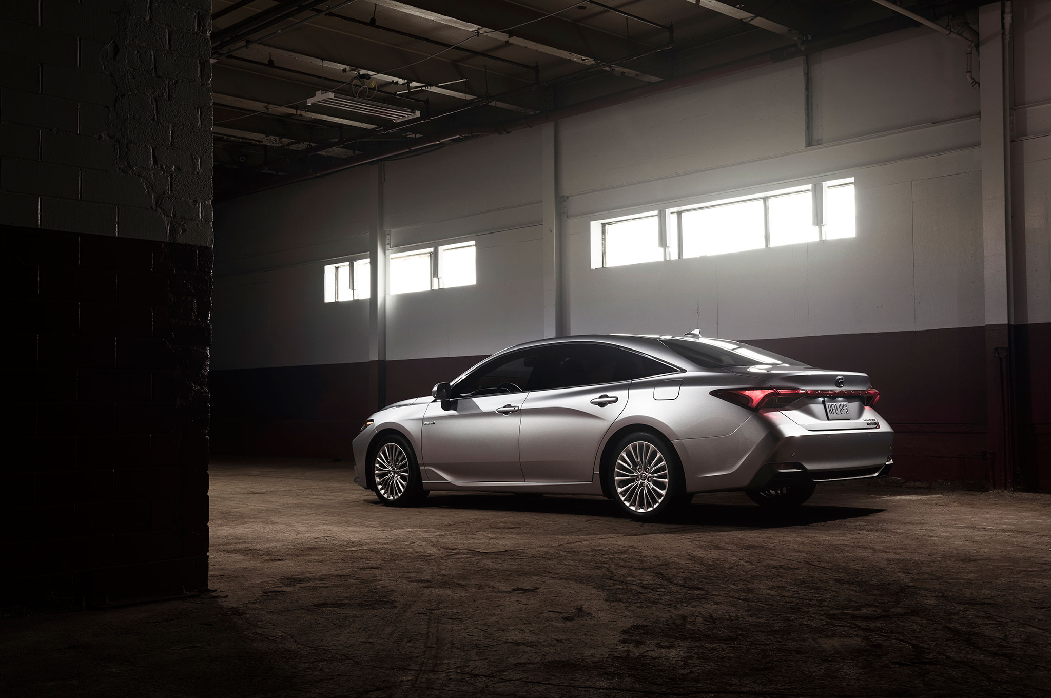 Toyota Avalon debuts in Detroit