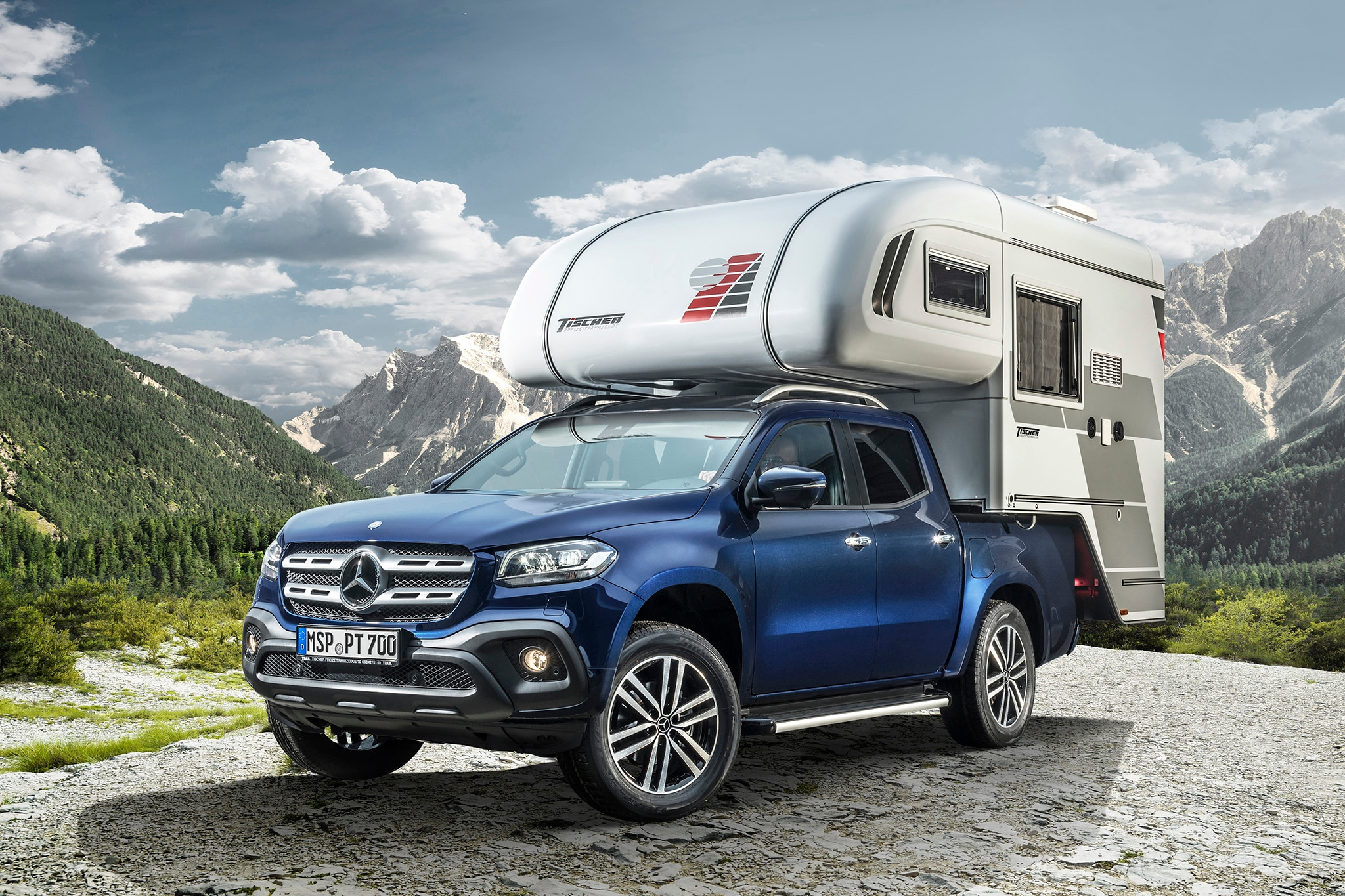 Merc X-Class becomes glamourous outdoor kitchen