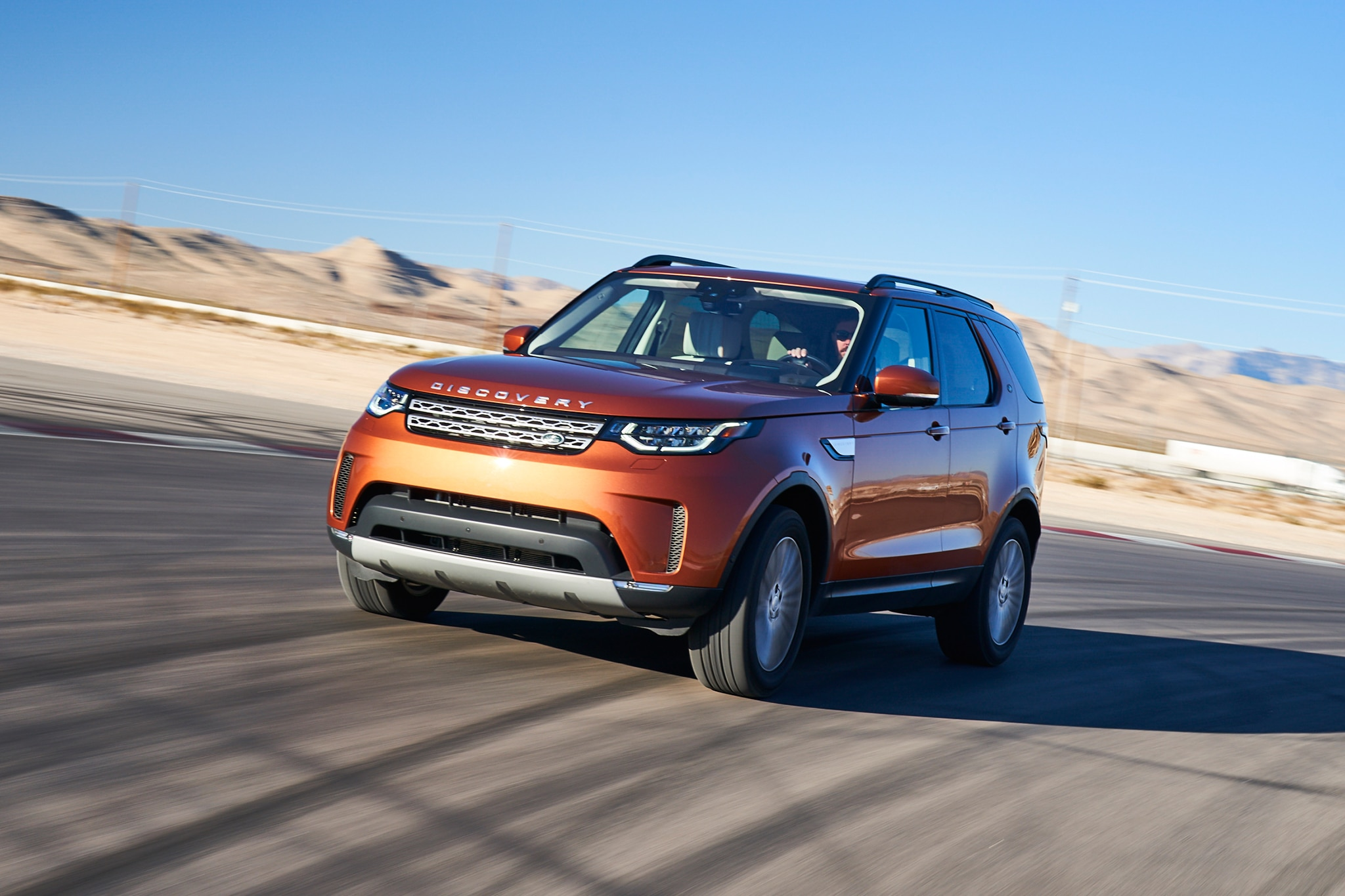 2017 Land Rover Discovery All Star Contender 03