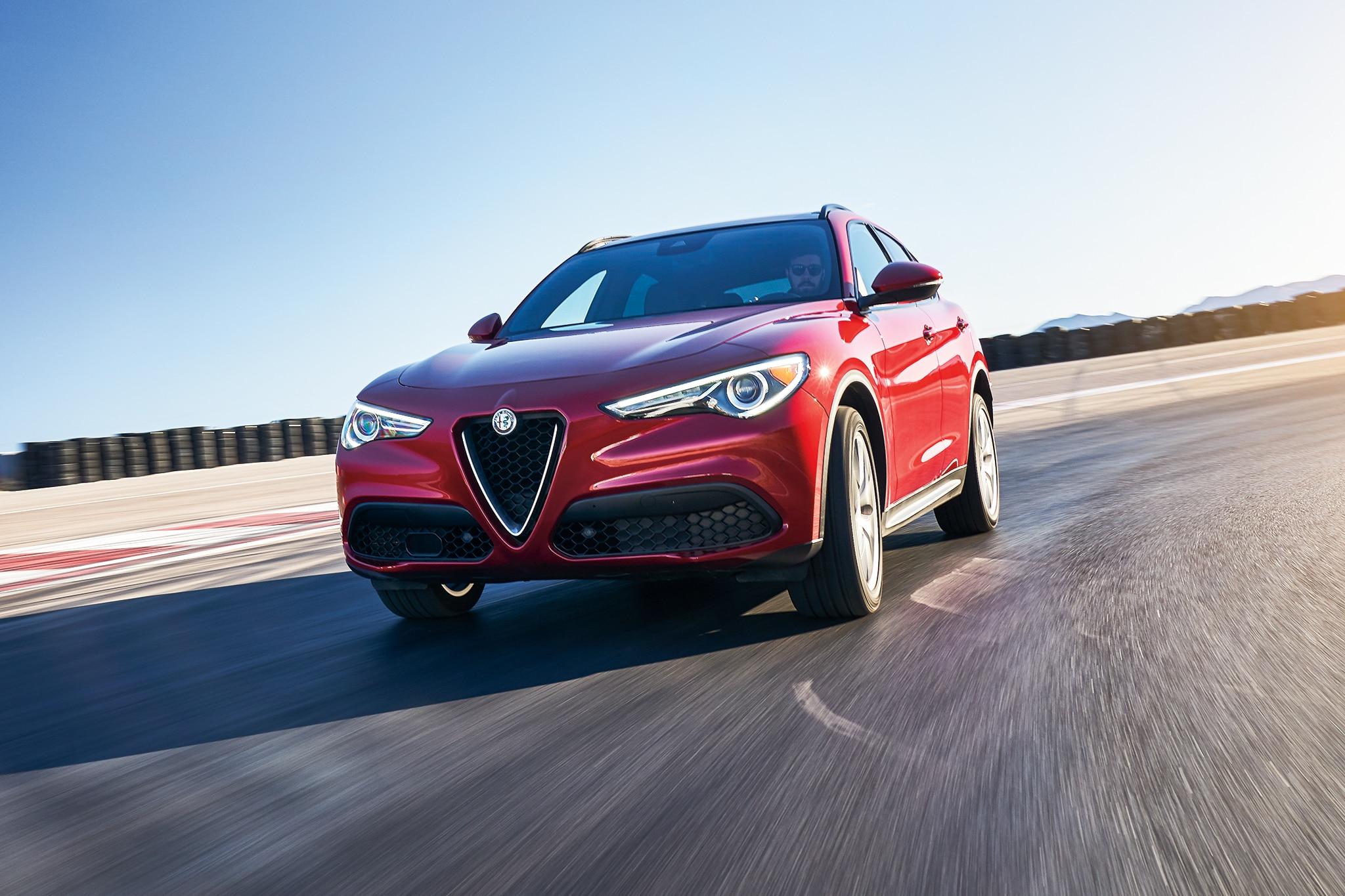 2018 Alfa Romeo Stelvio Ti Sport AWD All Star Contender