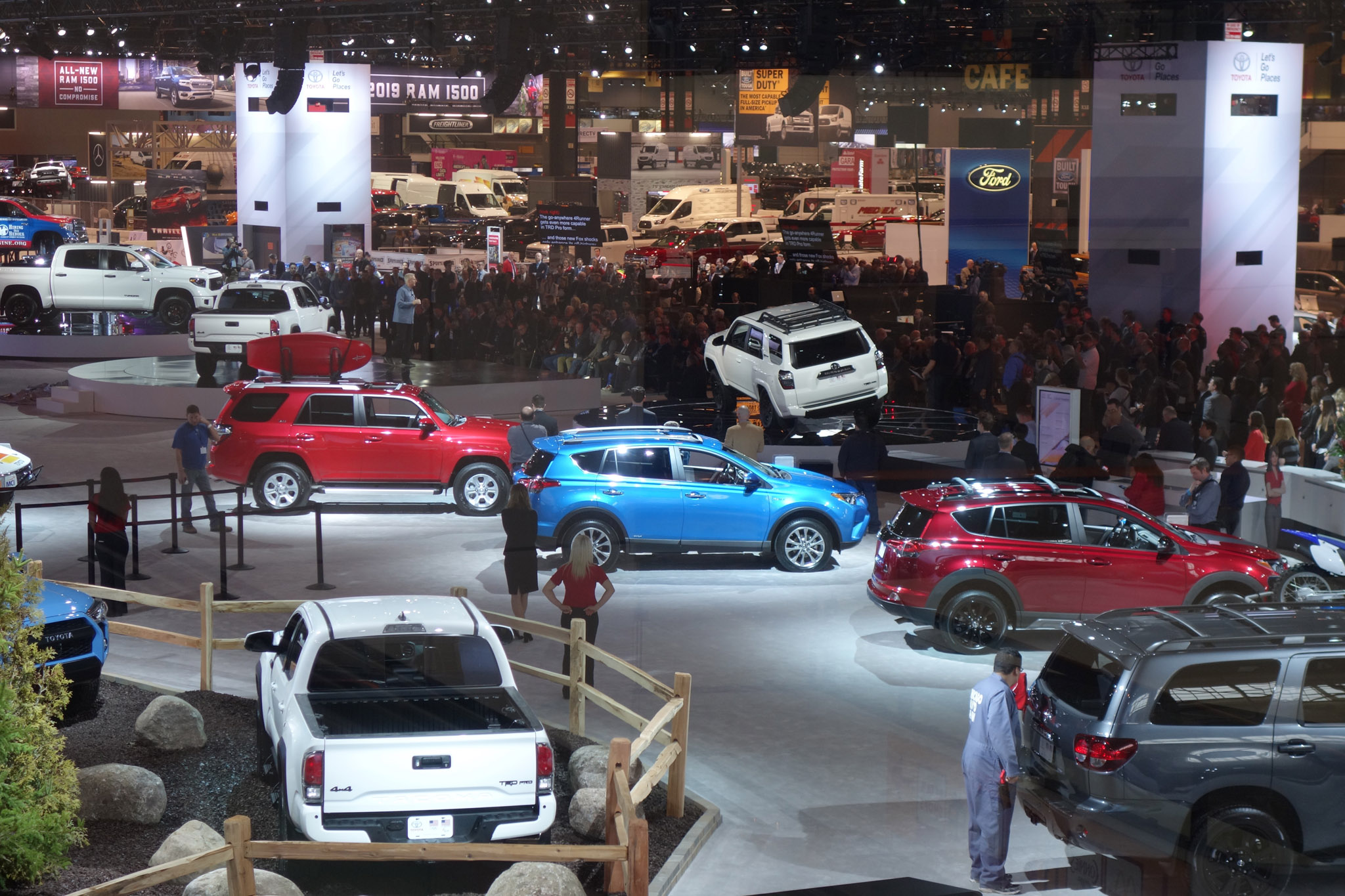 2018 Chicago Auto Show_Toyota And Show Floor