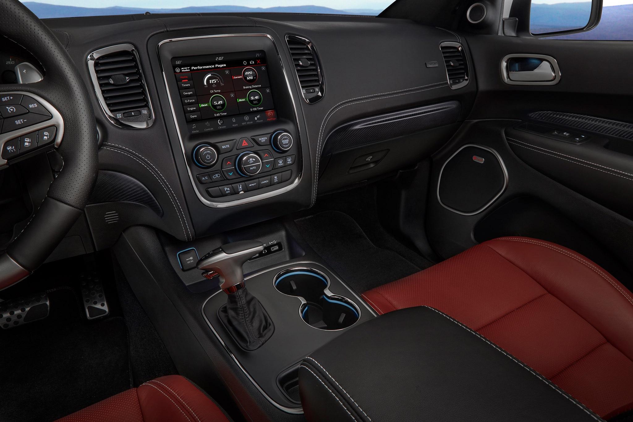 2018 dodge durango r t and srt gets stripes and more mopar - Dodge durango 2017 interior pictures ...