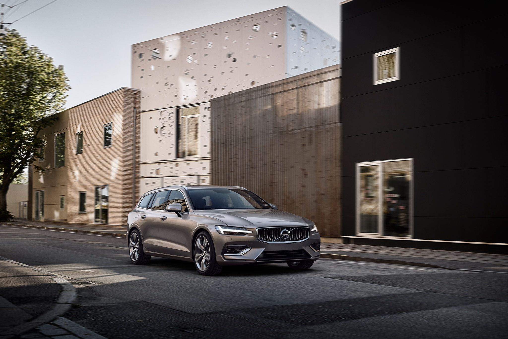 Volvo reveals new V60 family estate