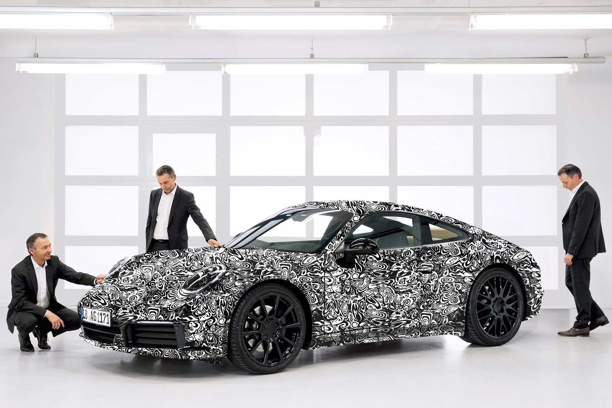 Next-Generation Porsche 911 (992) Gets Official Preview