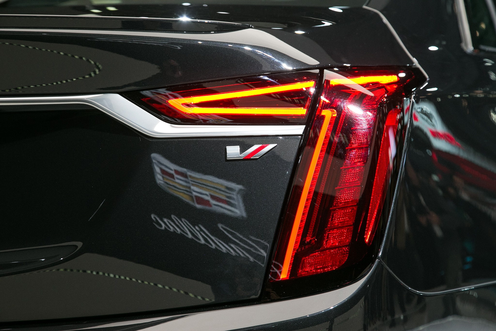 Cadillac Unleashes Its Own V 8 Engine For 2019 Ct6 Vsport