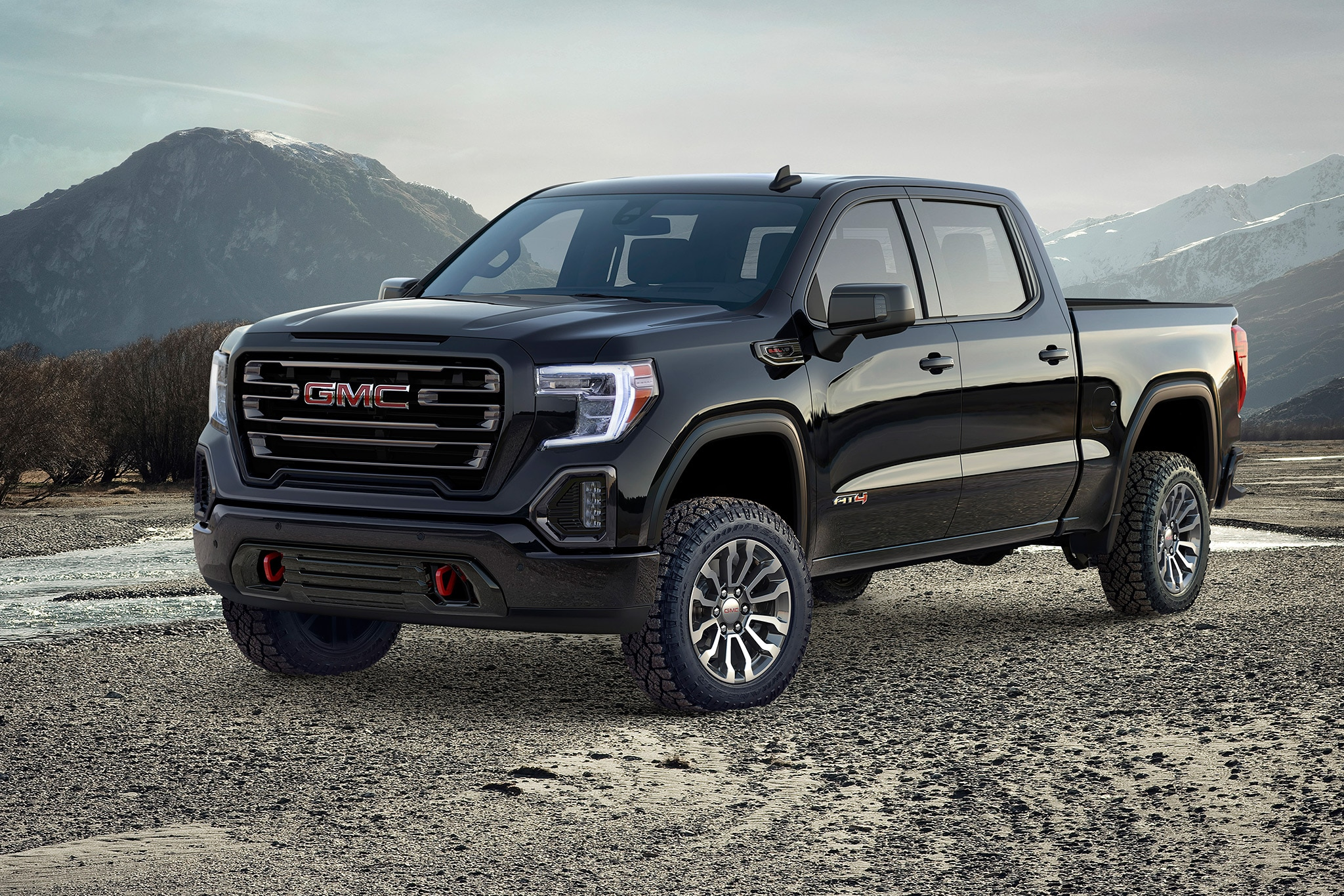 GMC Sierra AT4 debuts lifted tech-savvy off-roading trim
