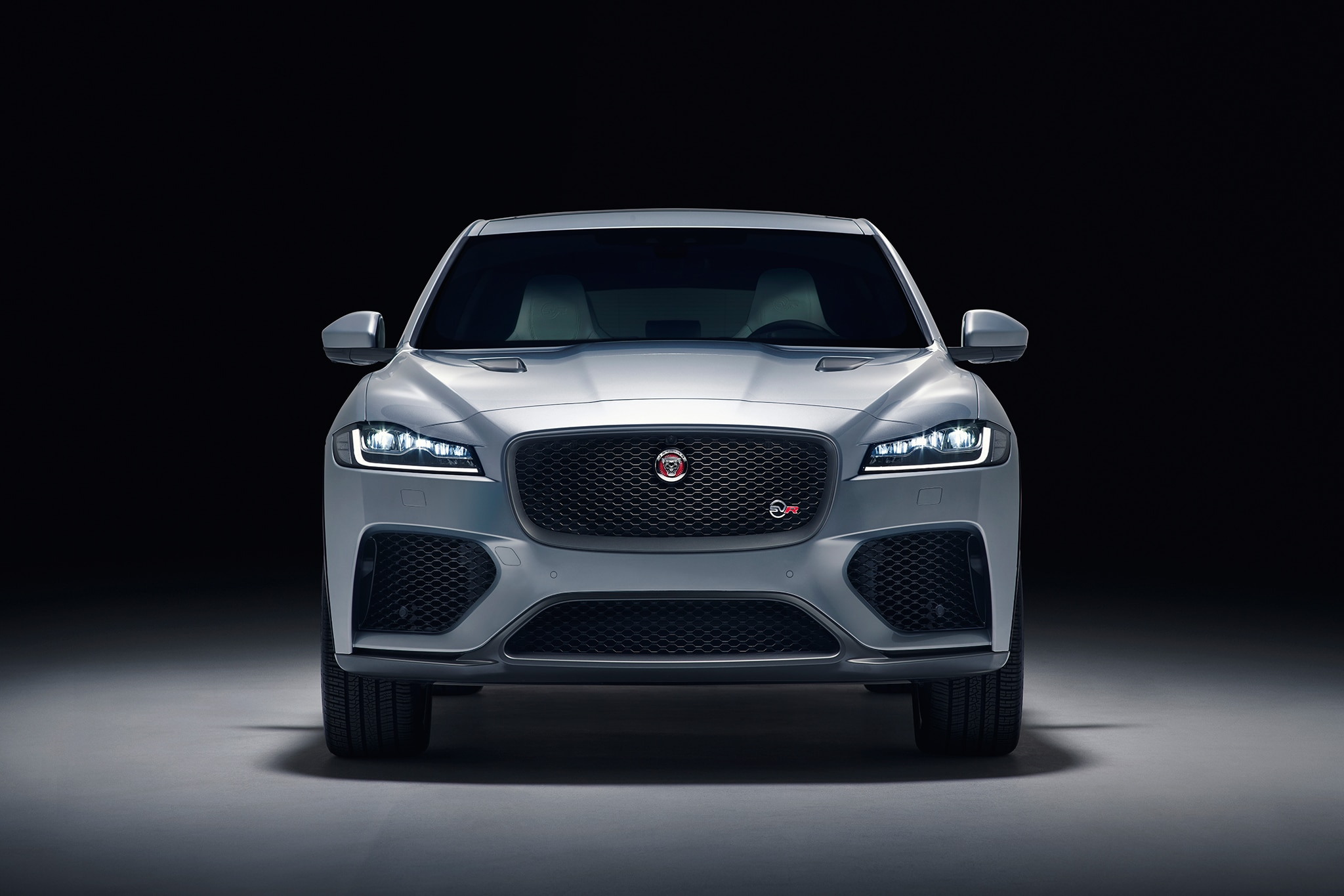 seven things we learned about the 2019 jaguar f pace svr automobile magazine. Black Bedroom Furniture Sets. Home Design Ideas