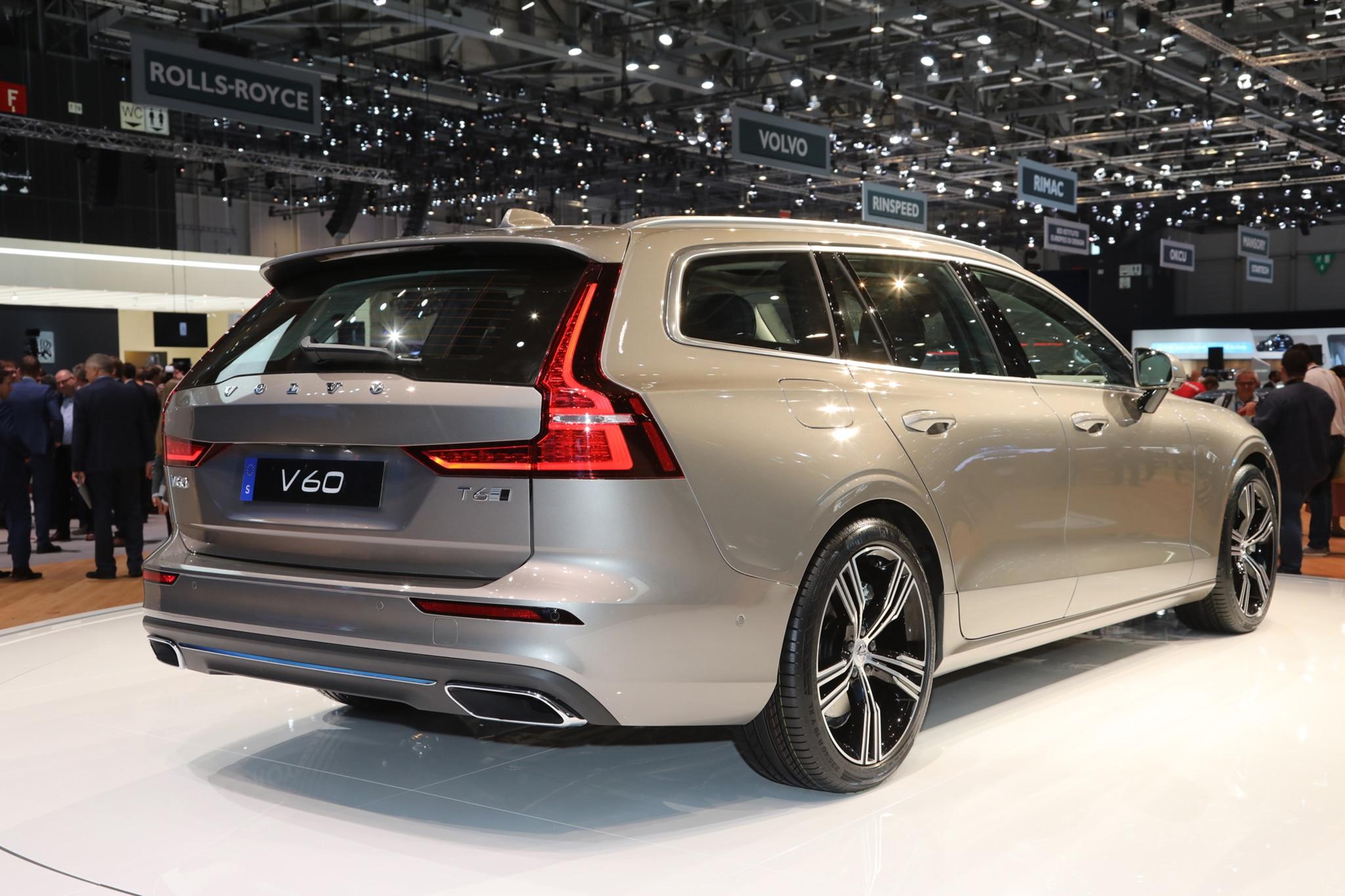 2019 Volvo V60 11