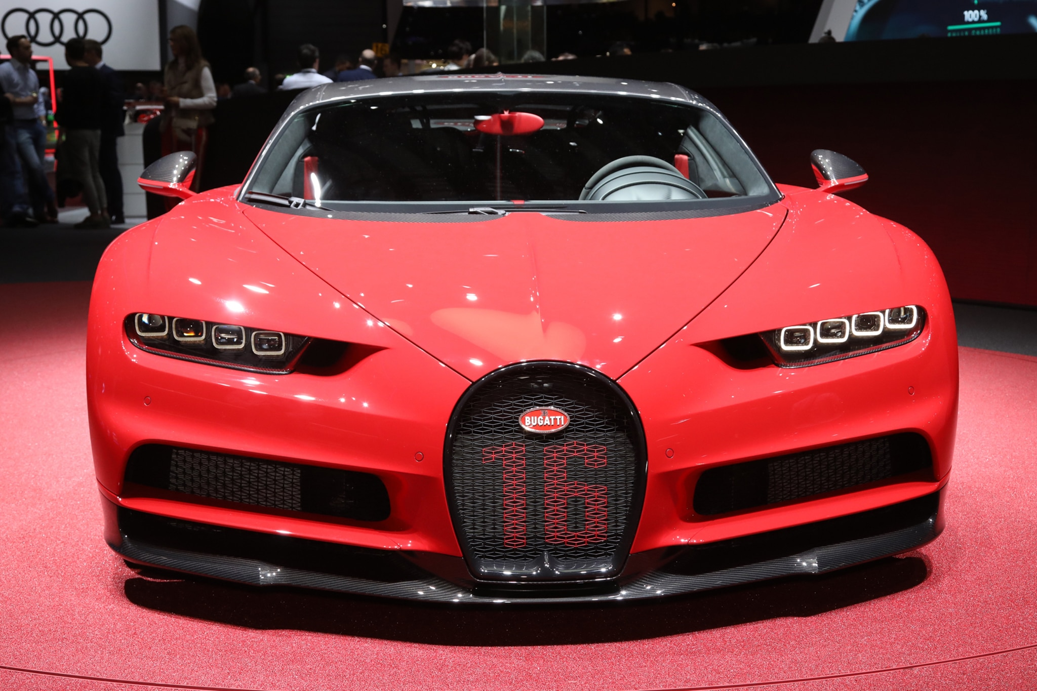 bugatti chiron sport cuts some weight and sharpens up handling automobile magazine. Black Bedroom Furniture Sets. Home Design Ideas