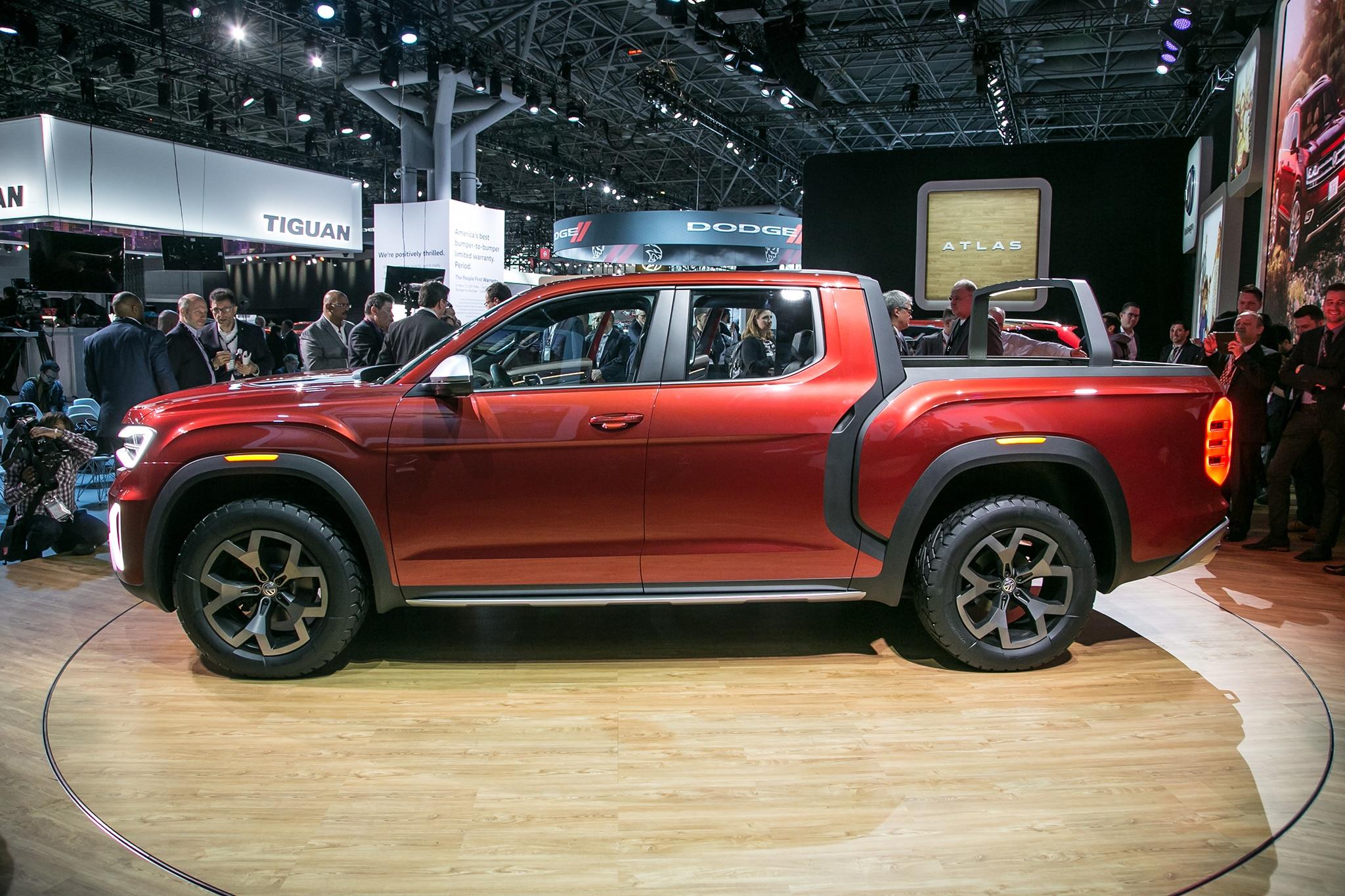 Volkswagen Atlas Tanoak Pickup Concept Really Shines ...