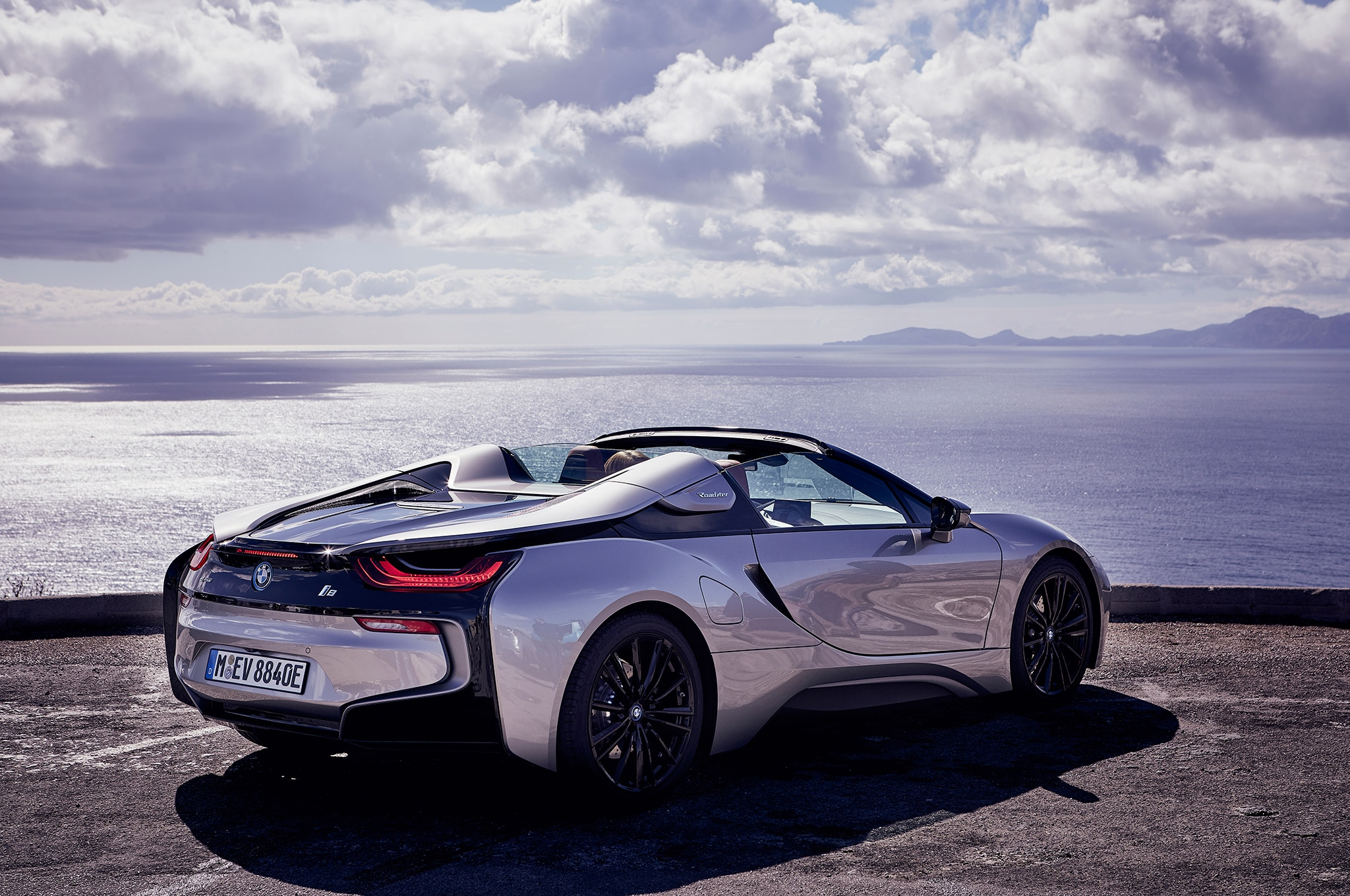 First Drive: 2019 BMW I8 Roadster