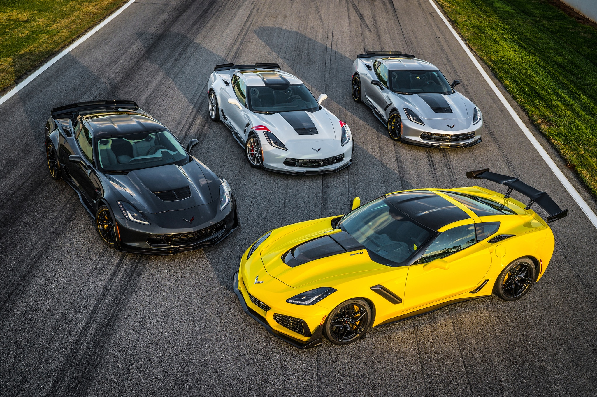 2019 Corvette Zr1 >> 2019 Chevrolet Corvette ZR1 First Drive | Automobile Magazine