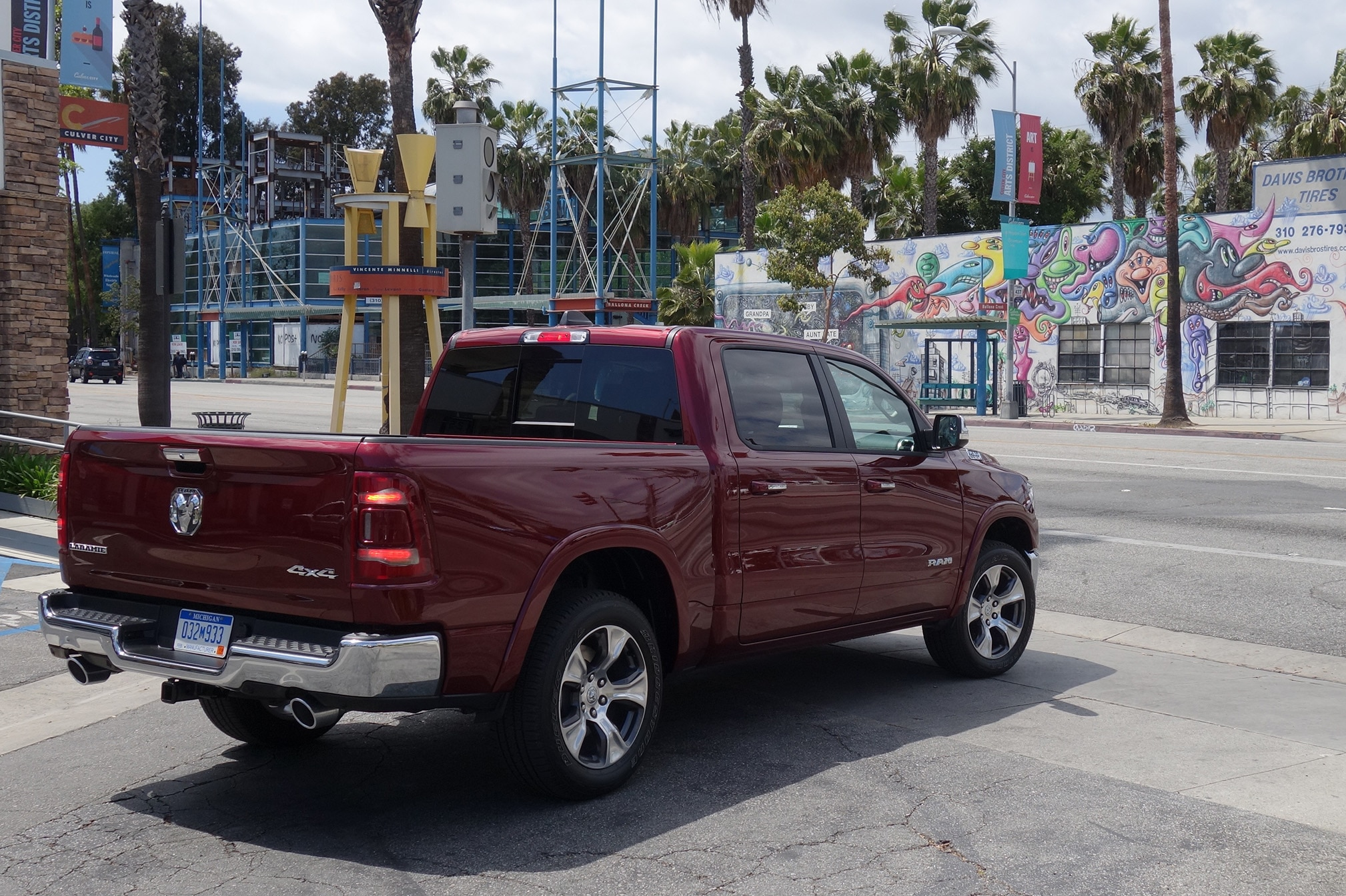 2019 Ram 1500 Los Angeles 23
