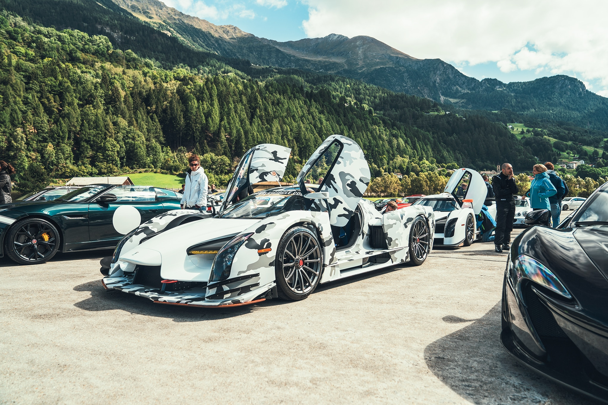 Dreamscape Running Supercars Up Switzerland S Gotthard