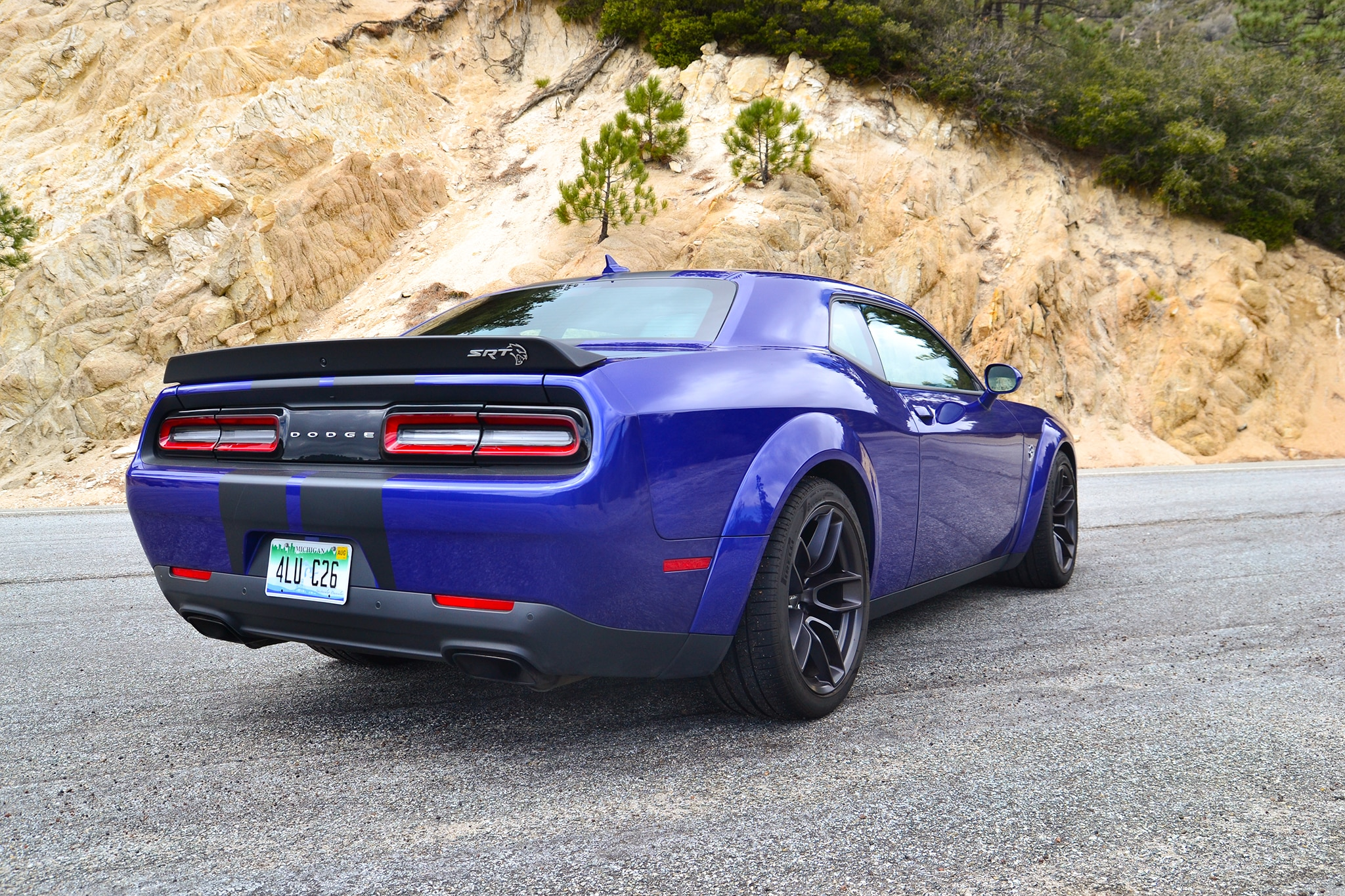 2018 dodge challenger srt hellcat widebody one week review automobile magazine. Black Bedroom Furniture Sets. Home Design Ideas