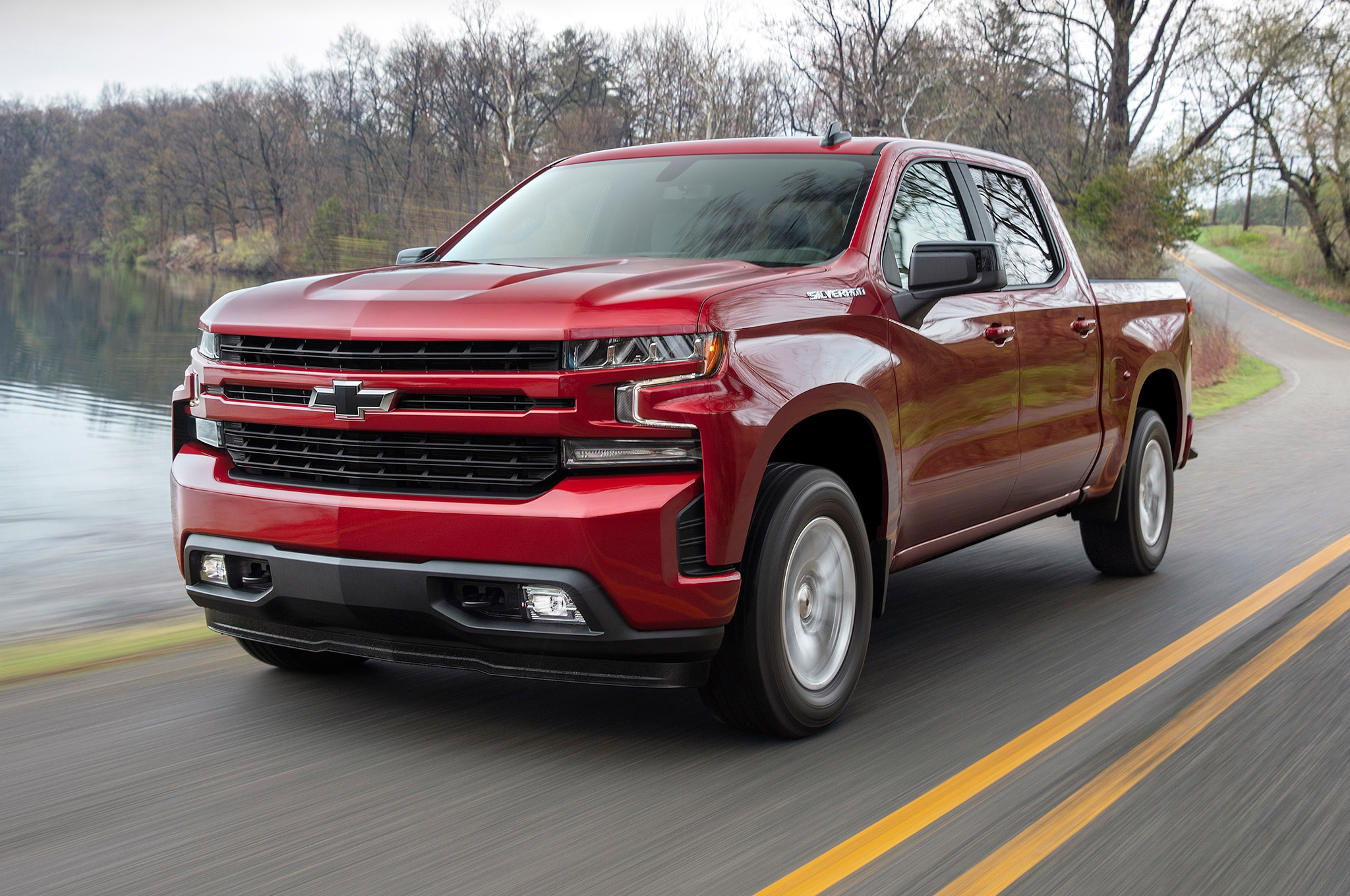 2019 Chevrolet Silverado RST Front Side View In Motion