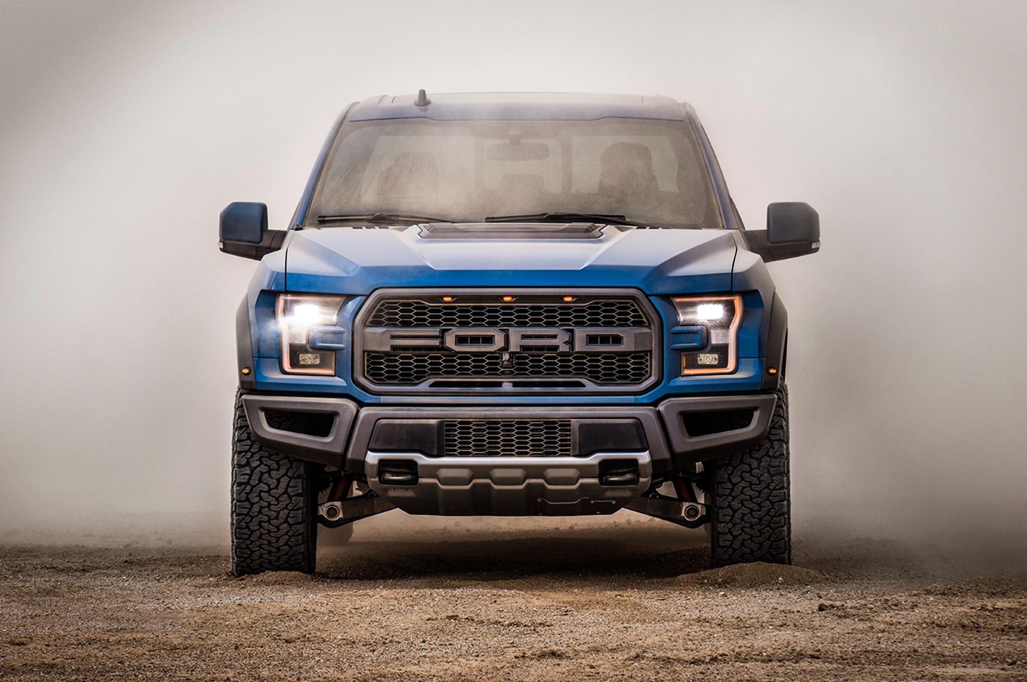 2019 Ford F 150 Raptor Front 02