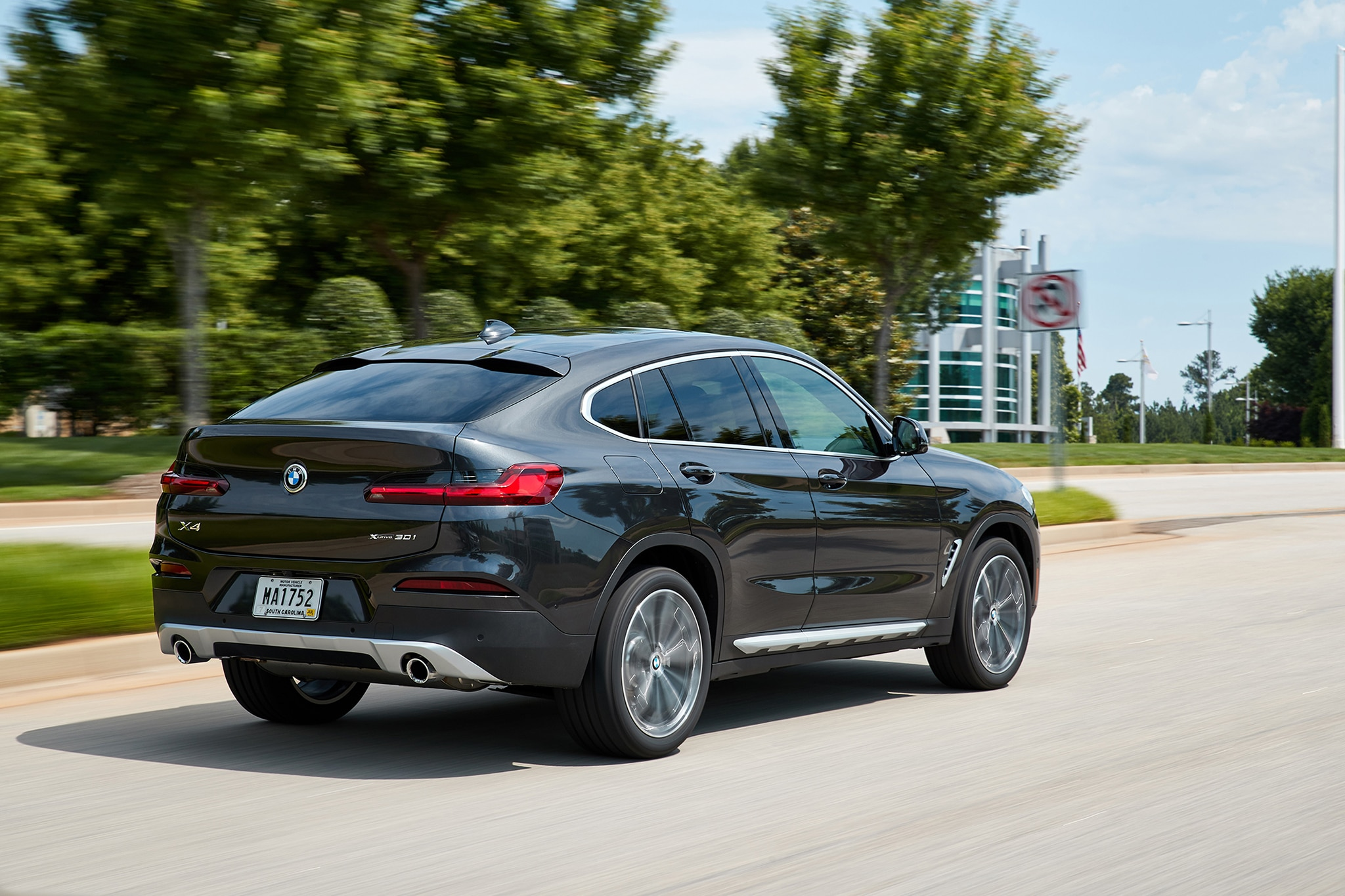 2019 BMW X4 First Drive Review