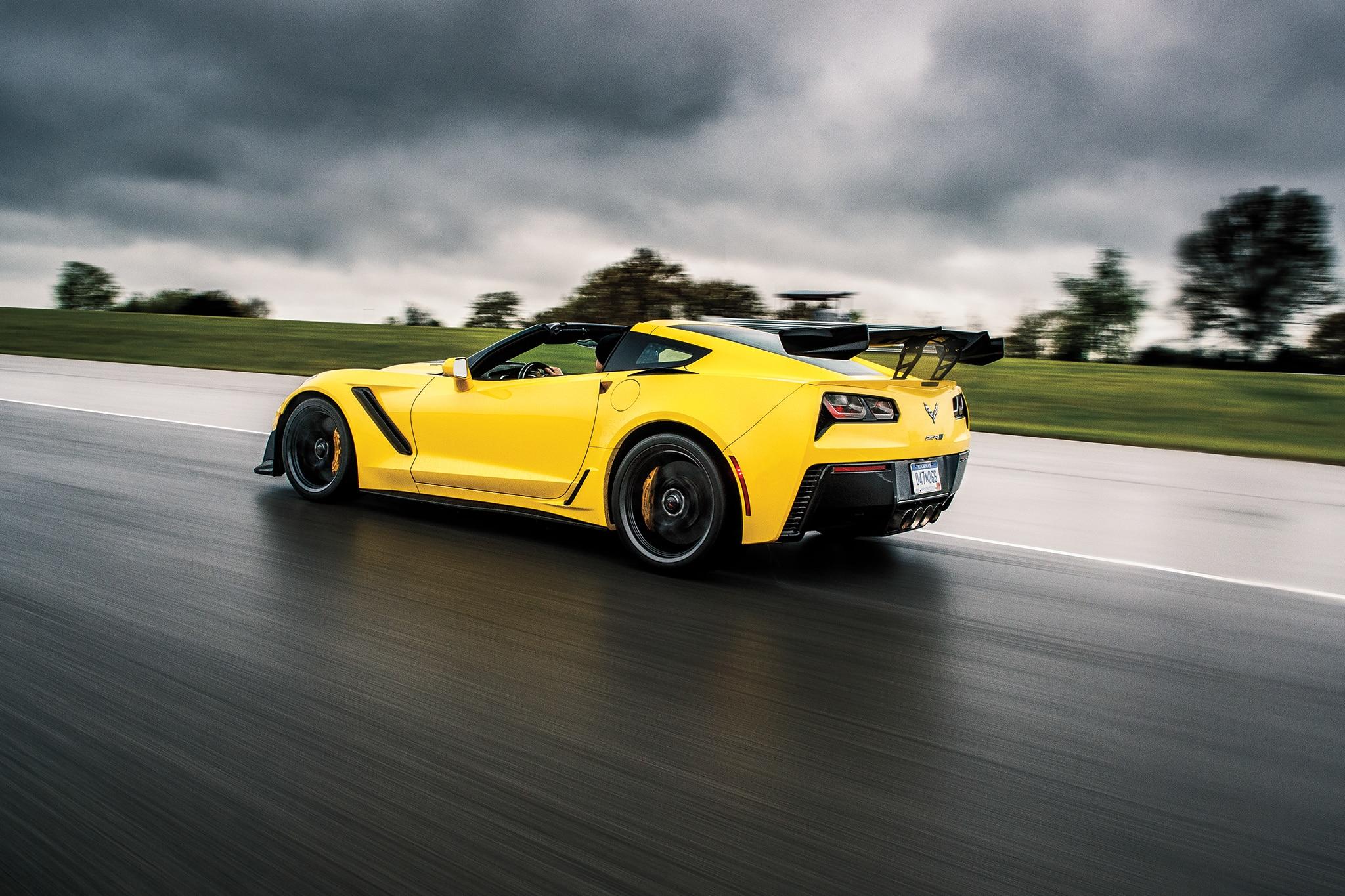 2019 Chevrolet Corvette ZR1 Meets 1990 Corvette ZR1 ...