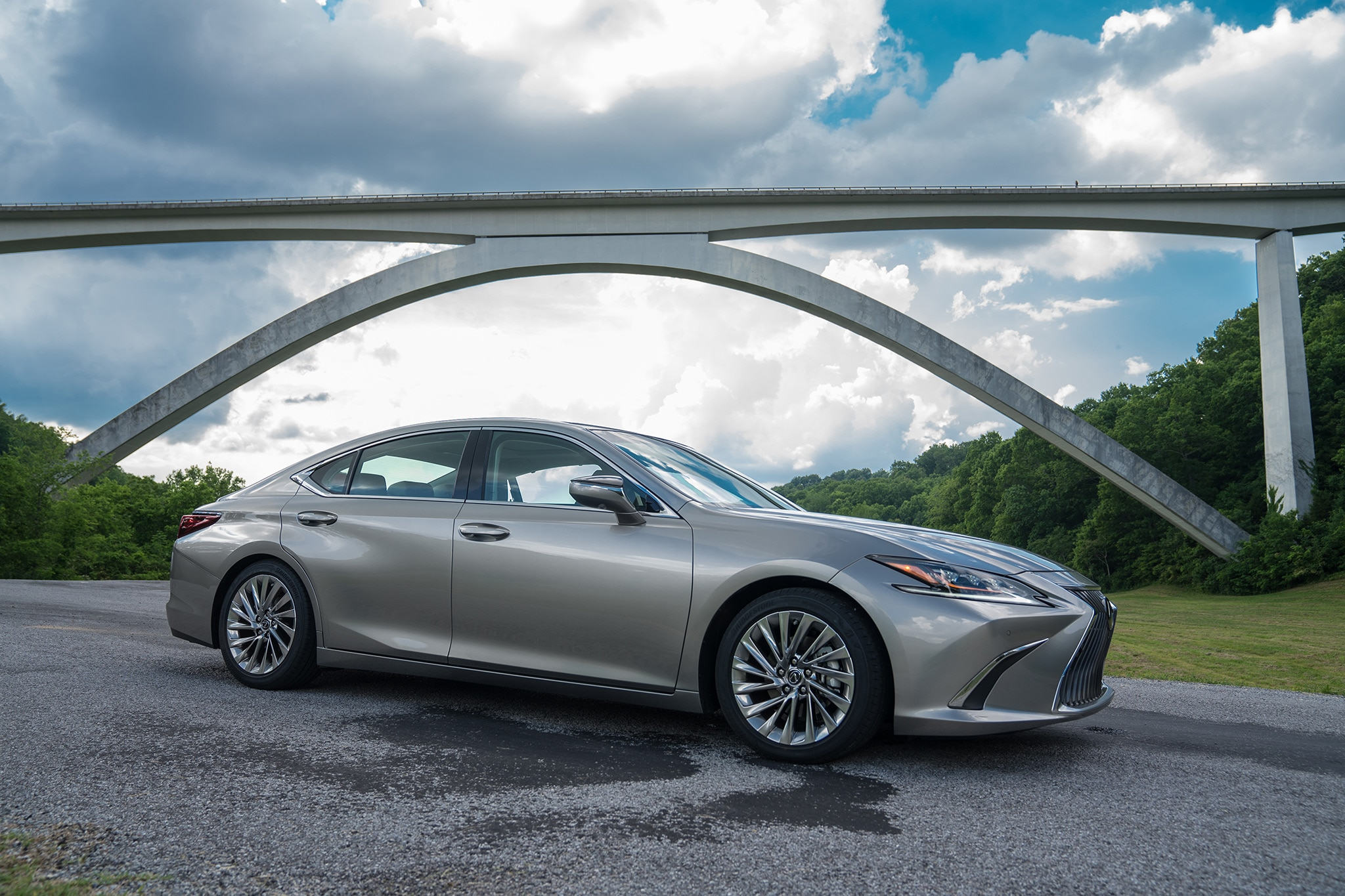 Lexus Es 350 2019 >> 2019 Lexus ES 350 First Drive Review | Automobile Magazine