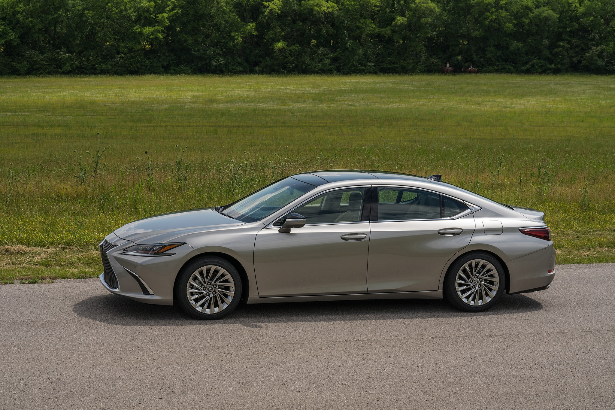 2019 Lexus ES 350 First Drive Review | Automobile Magazine