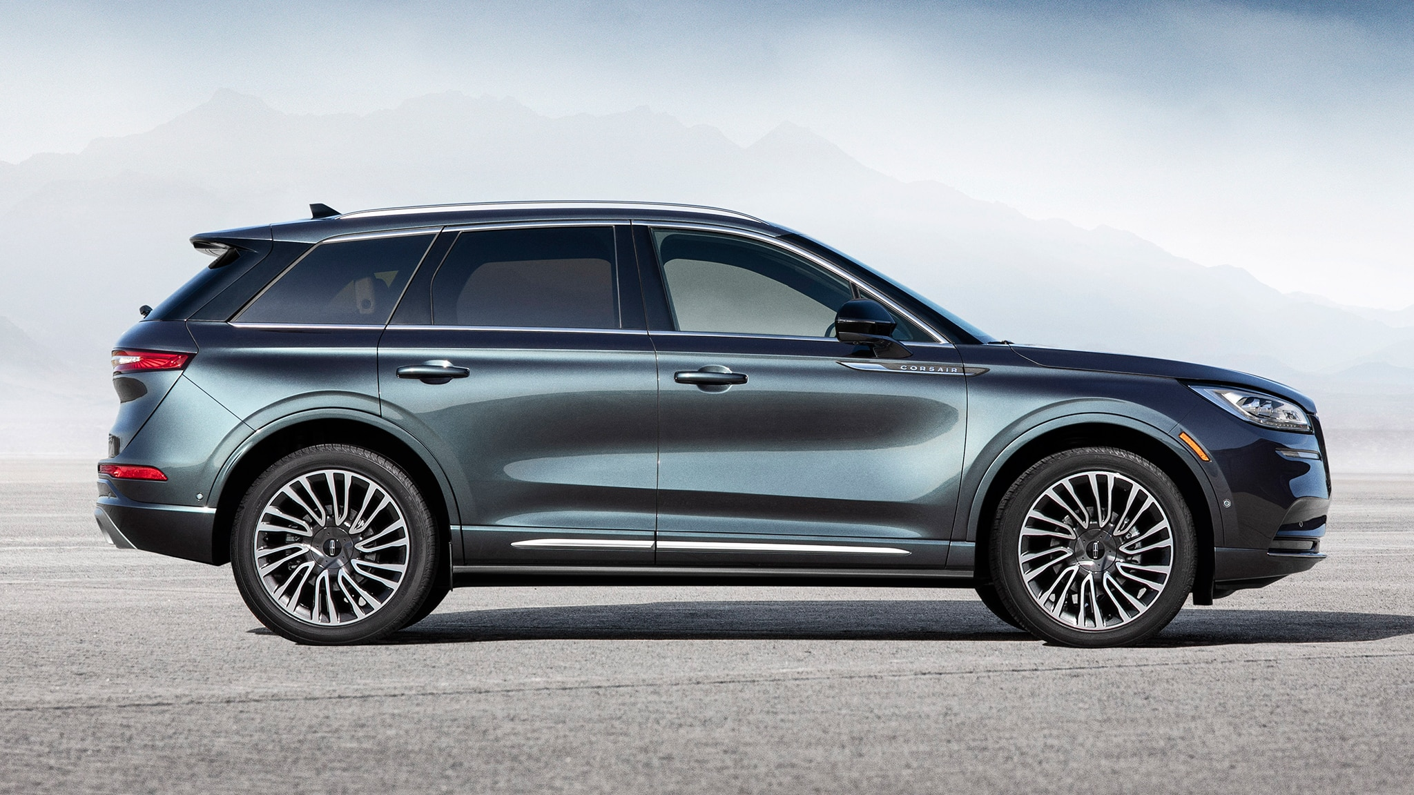 The 2020 Lincoln Corsair Arrives Looking Classy and ...