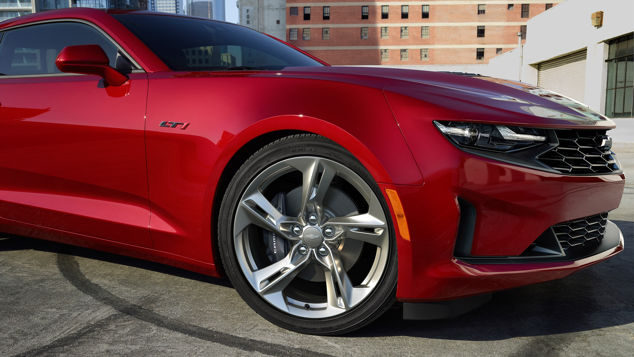 2020 Chevrolet Camaro Offers Cheaper Way to Get a V-8 ...