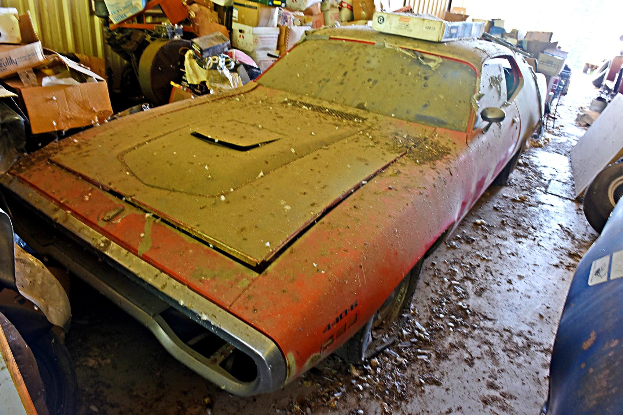 Barn Find: Garage Full of Rare Mopar Gold!
