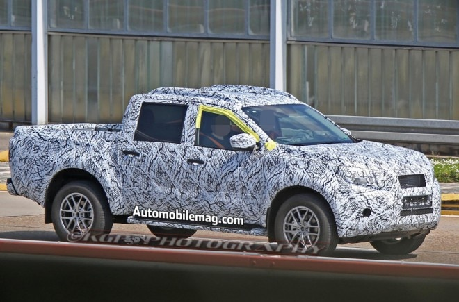 Mercedes Benz Pickup Truck prototype spied front three quarter5