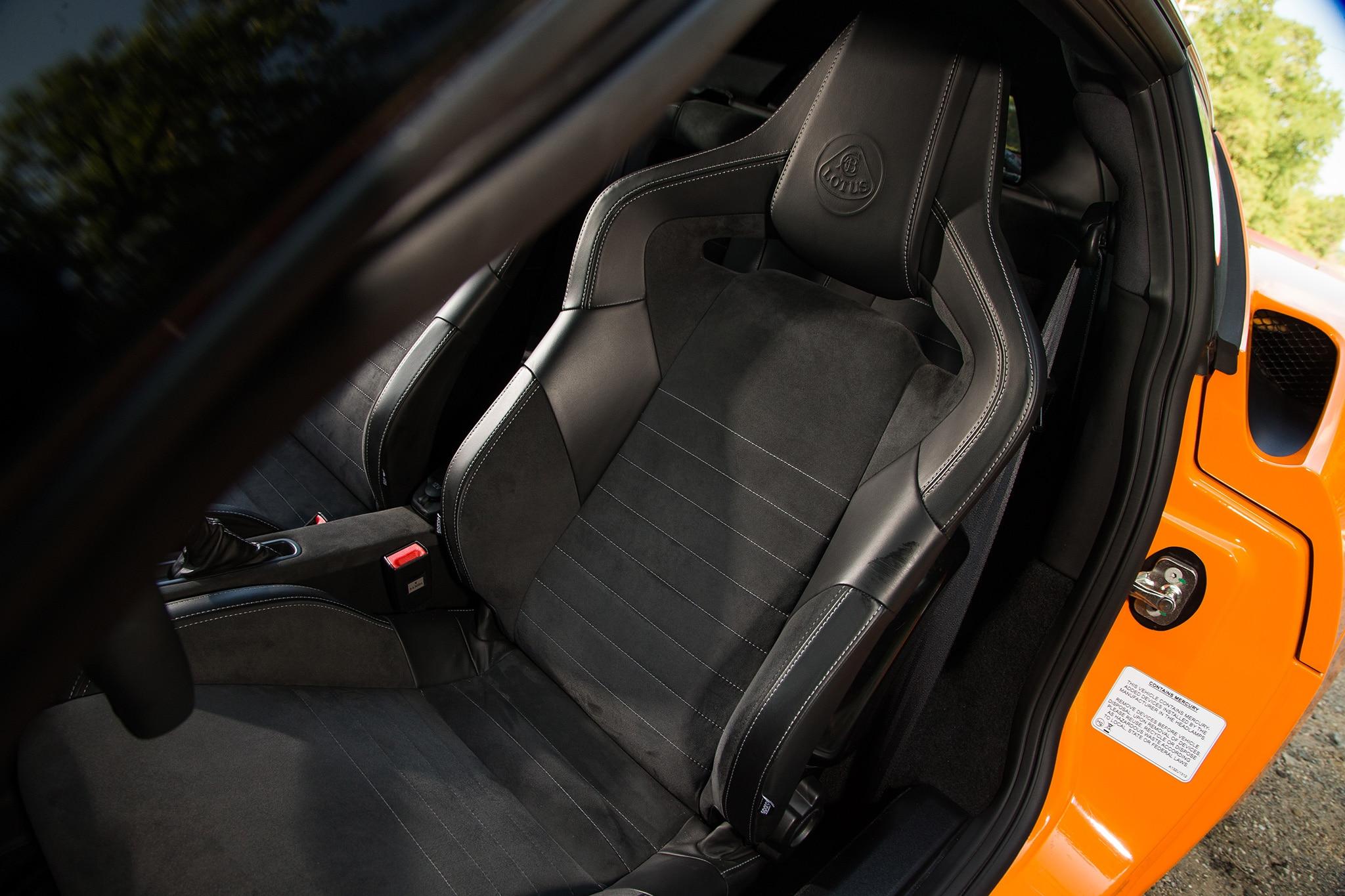 2017 Lotus Evora 400 Seats 01