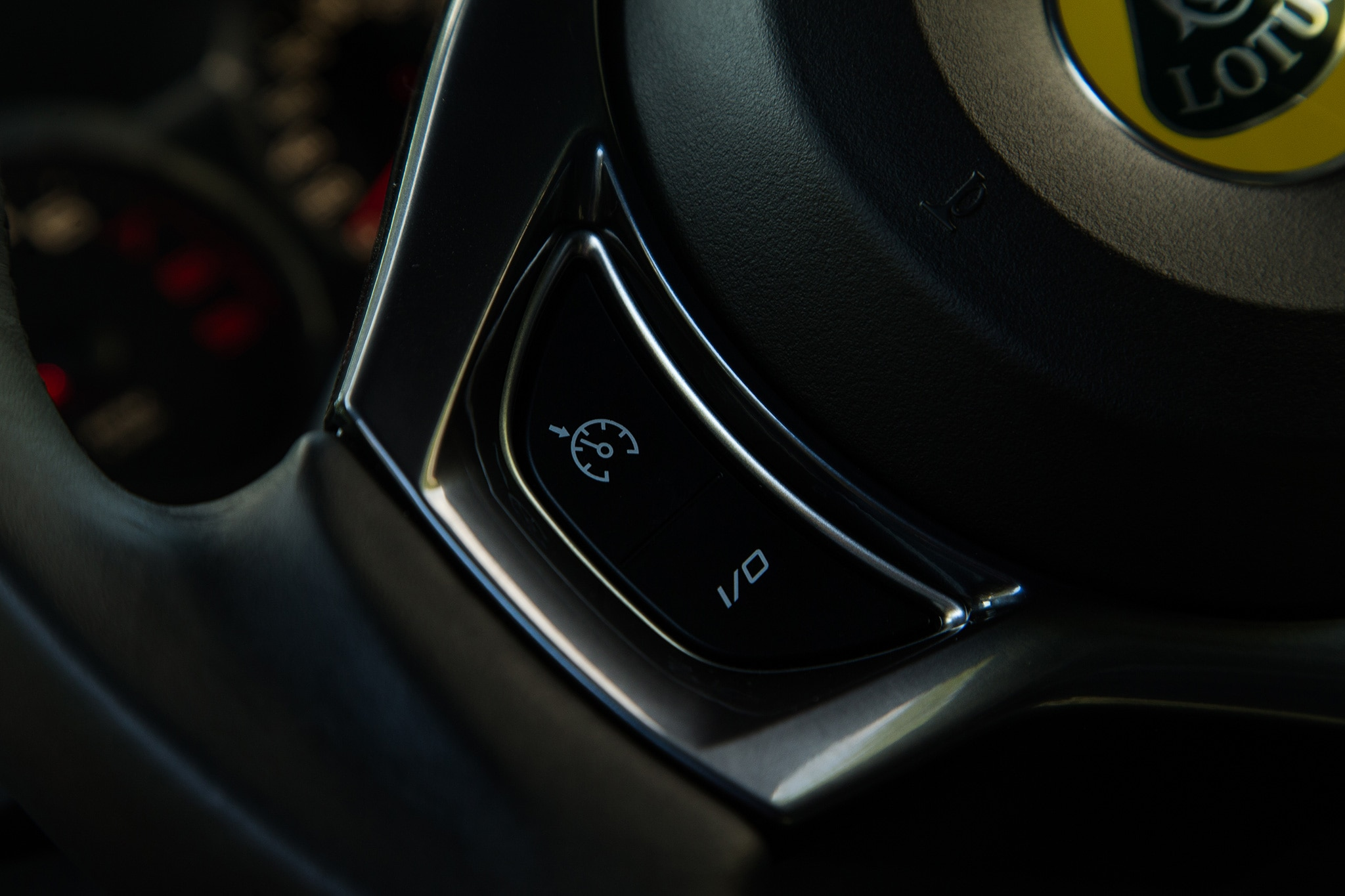 2017 Lotus Evora 400 Steering Wheel Controls